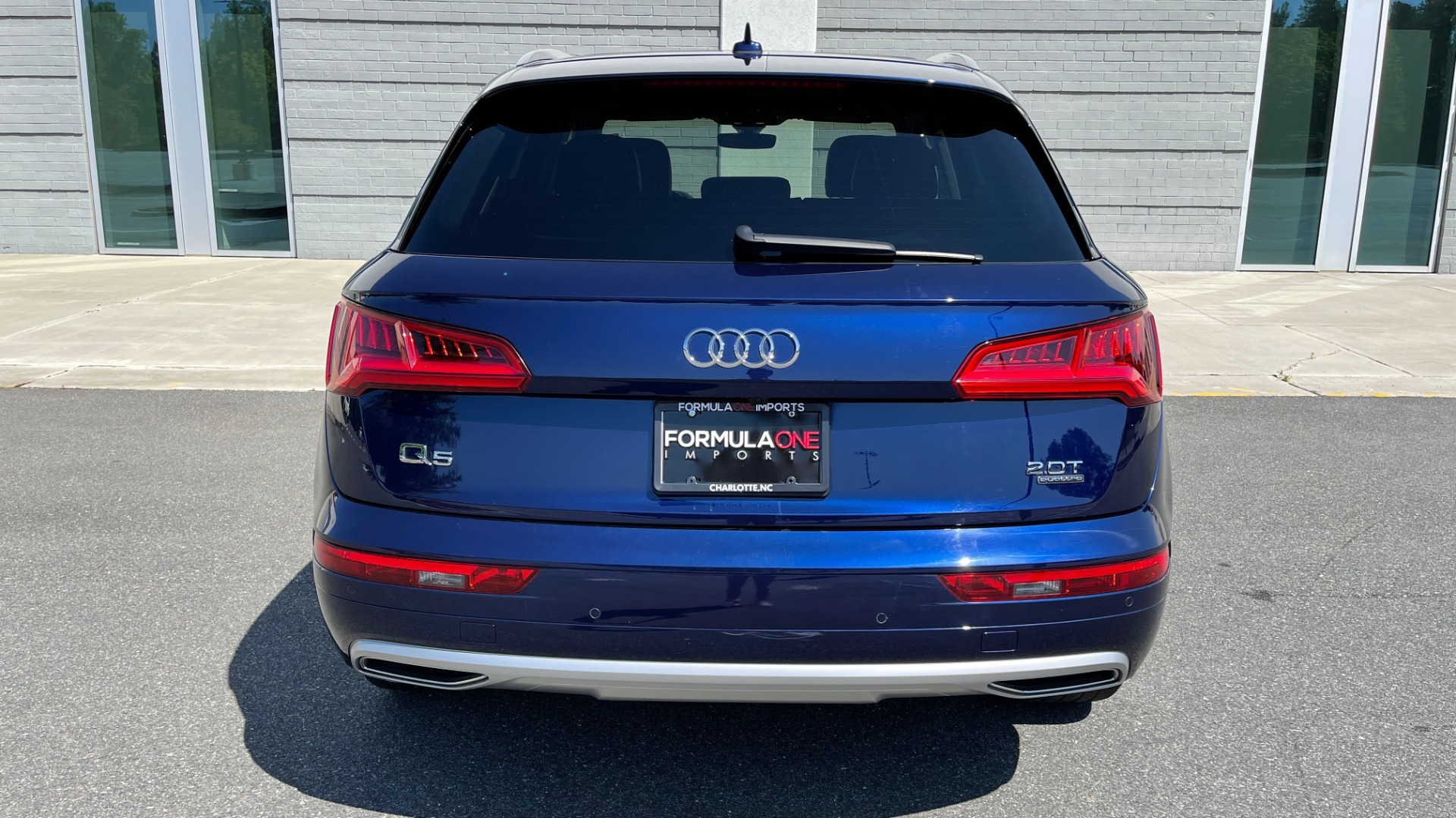 Used 2018 Audi Q5 PREMIUM PLUS / NAV / PANO-ROOF / PARK SYSTEM / REARVIEW for sale $33,695 at Formula Imports in Charlotte NC 28227 18