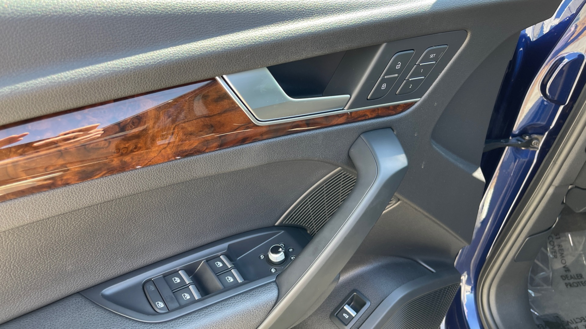 Used 2018 Audi Q5 PREMIUM PLUS / NAV / PANO-ROOF / PARK SYSTEM / REARVIEW for sale $33,695 at Formula Imports in Charlotte NC 28227 23