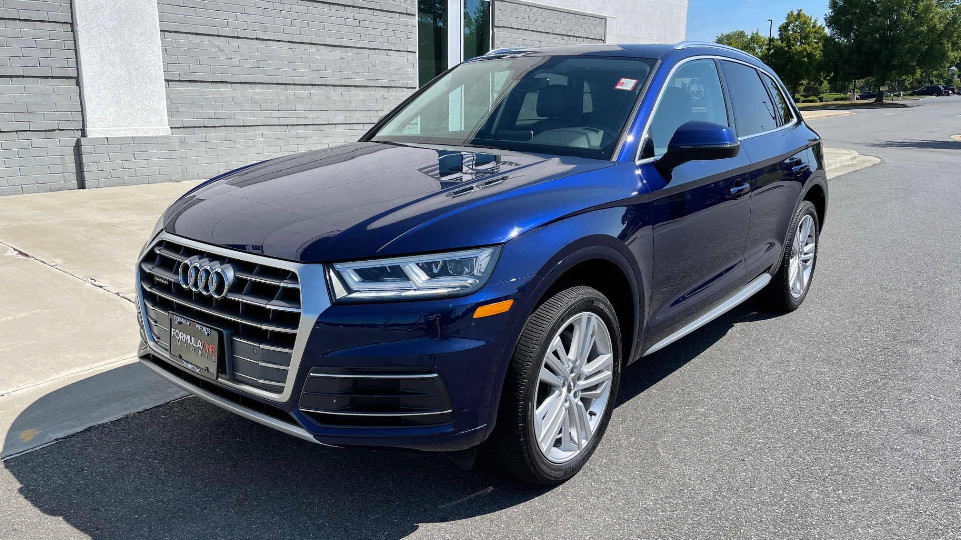 Used 2018 Audi Q5 PREMIUM PLUS / NAV / PANO-ROOF / PARK SYSTEM / REARVIEW for sale $33,695 at Formula Imports in Charlotte NC 28227 3