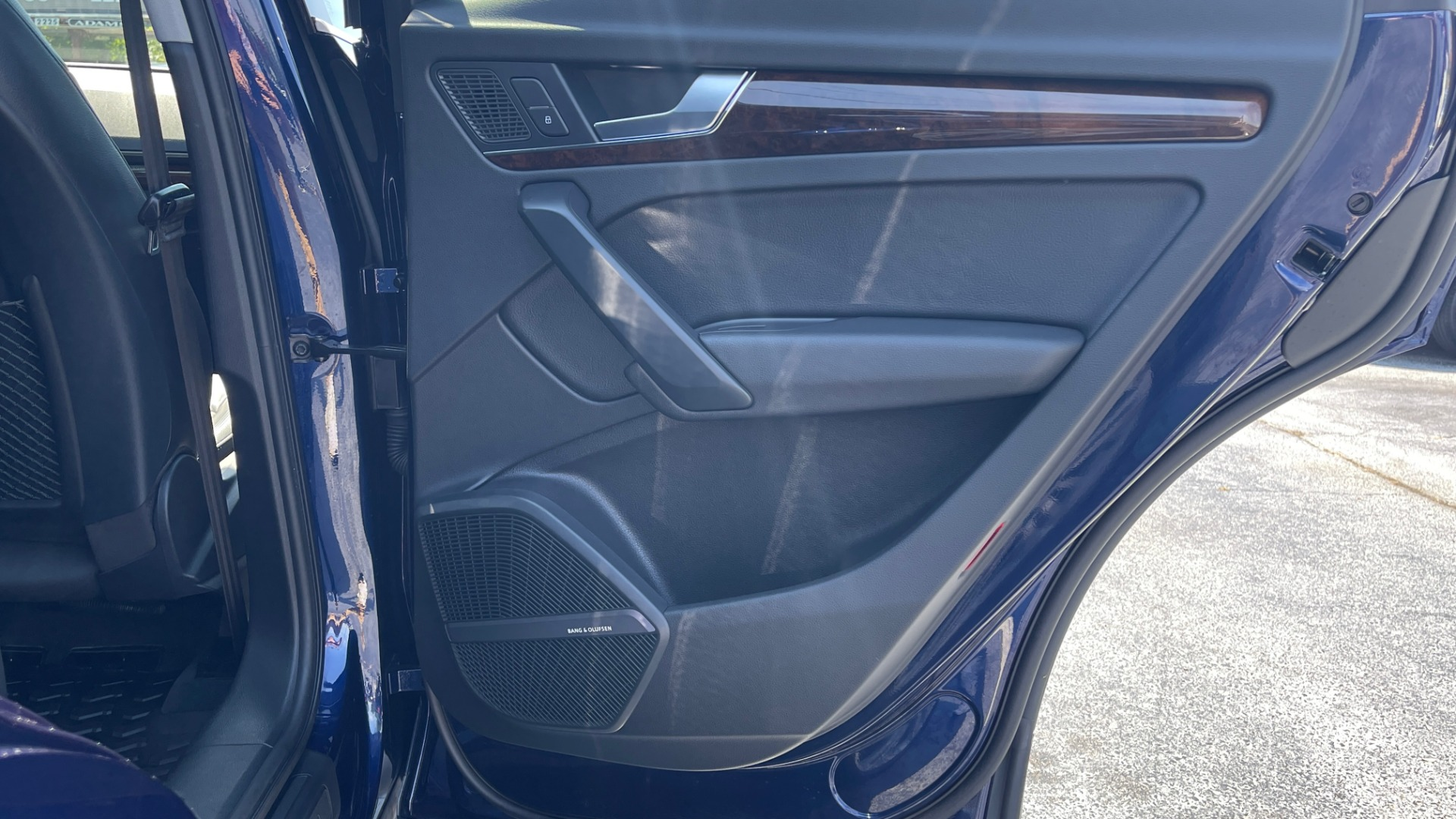 Used 2018 Audi Q5 PREMIUM PLUS / NAV / PANO-ROOF / PARK SYSTEM / REARVIEW for sale $33,695 at Formula Imports in Charlotte NC 28227 47