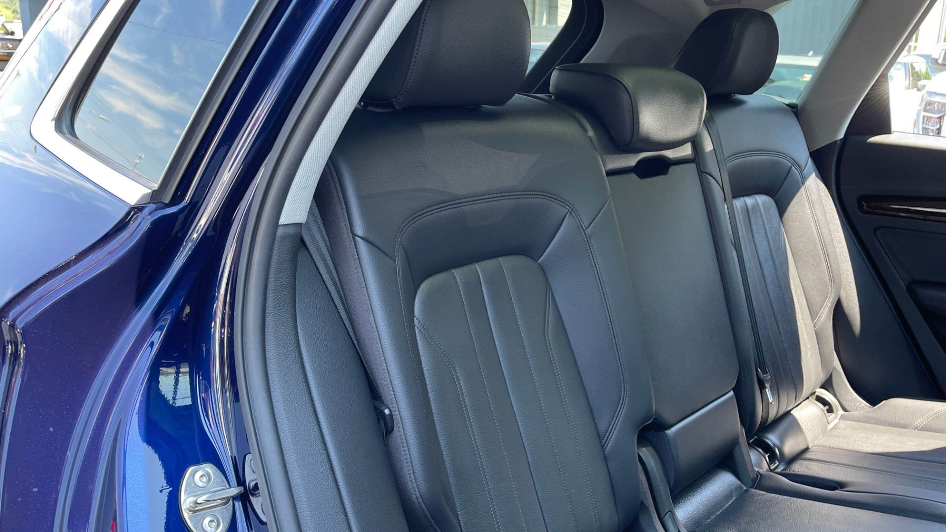 Used 2018 Audi Q5 PREMIUM PLUS / NAV / PANO-ROOF / PARK SYSTEM / REARVIEW for sale $33,695 at Formula Imports in Charlotte NC 28227 49