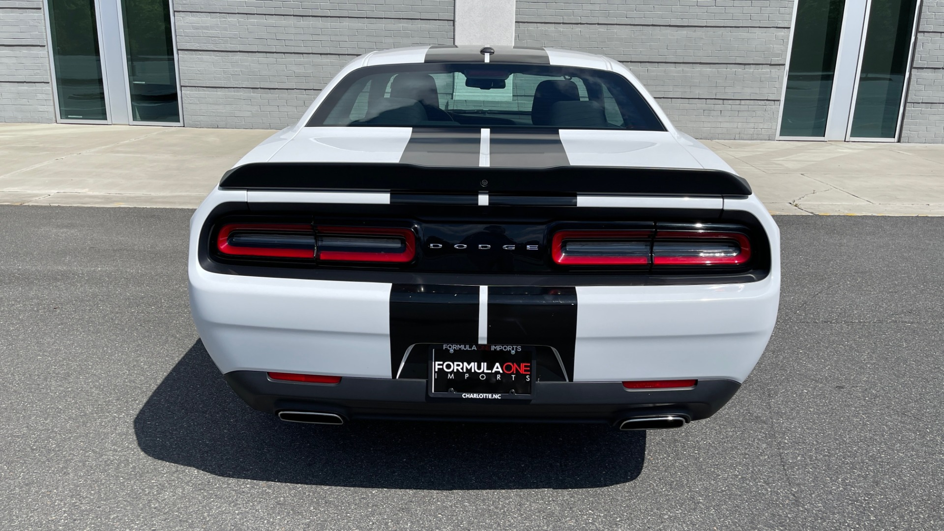 Used 2018 Dodge CHALLENGER SXT COUPE / BLACKTOP PKG / 3.6L V6 / 8-SPD AUTO / REARVIEW for sale $31,995 at Formula Imports in Charlotte NC 28227 22