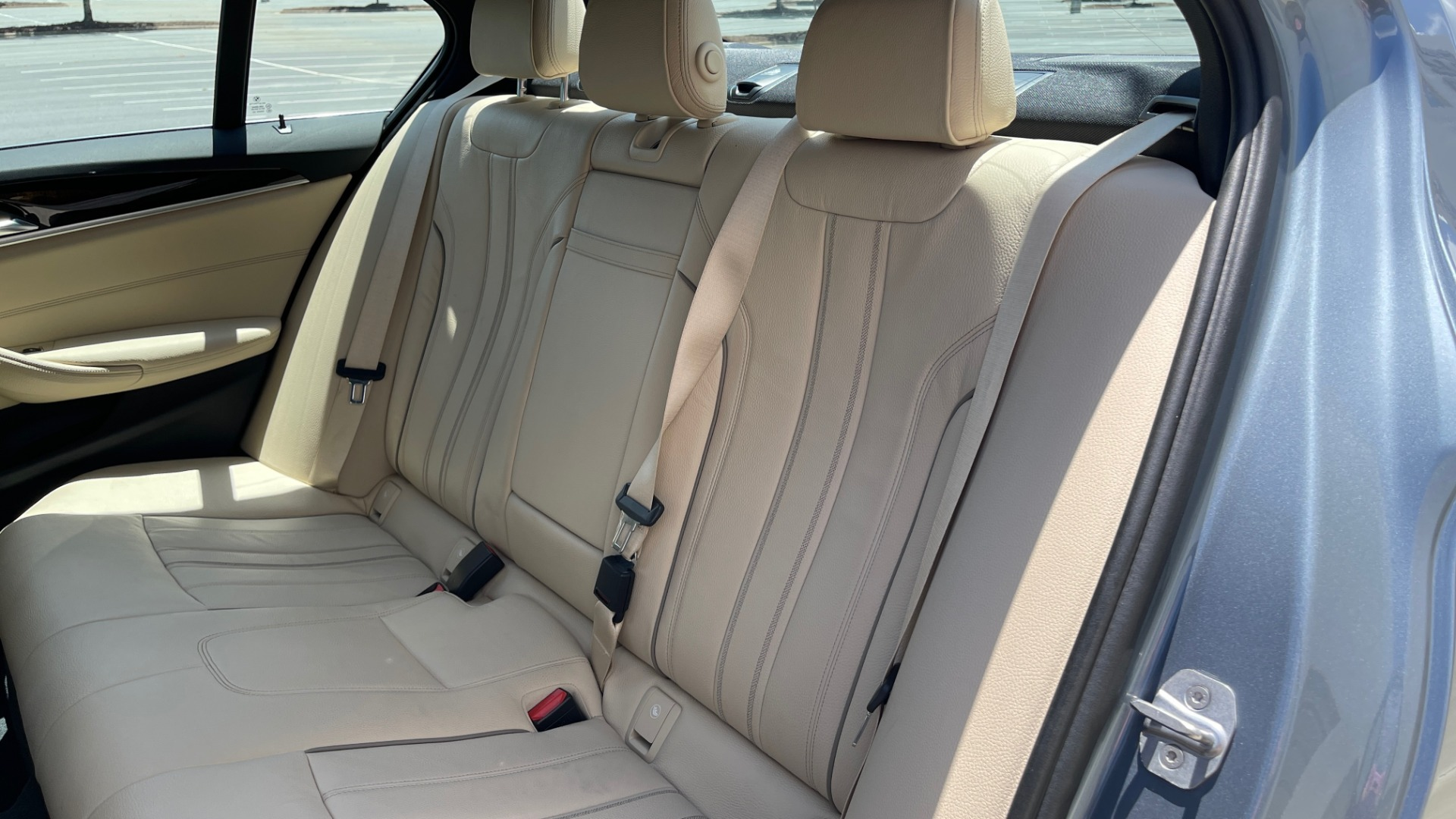 Used 2017 BMW 5 SERIES 530I PREMIUM / WIFI / NAV / SUNROOF / AUTO CLIMATE CONTROL for sale $31,795 at Formula Imports in Charlotte NC 28227 54