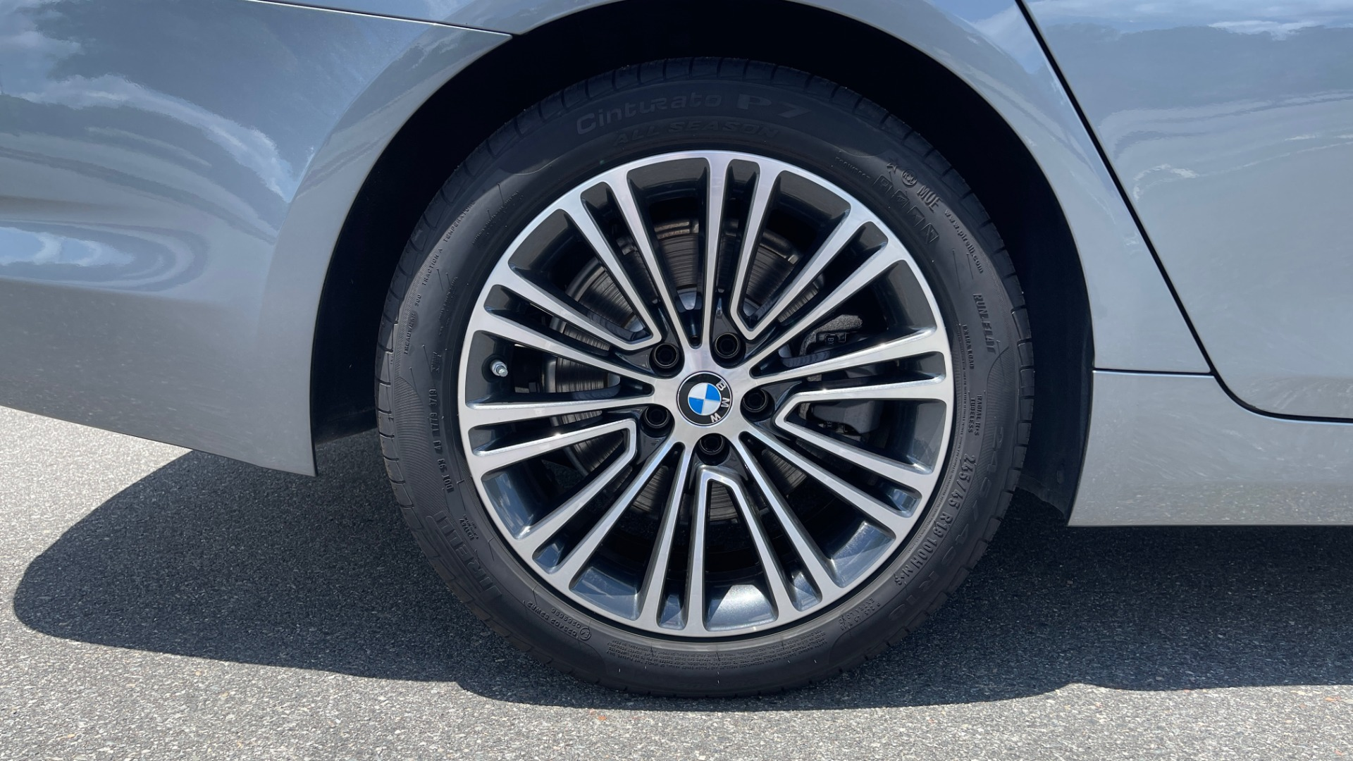 Used 2017 BMW 5 SERIES 530I PREMIUM / WIFI / NAV / SUNROOF / AUTO CLIMATE CONTROL for sale $31,795 at Formula Imports in Charlotte NC 28227 69