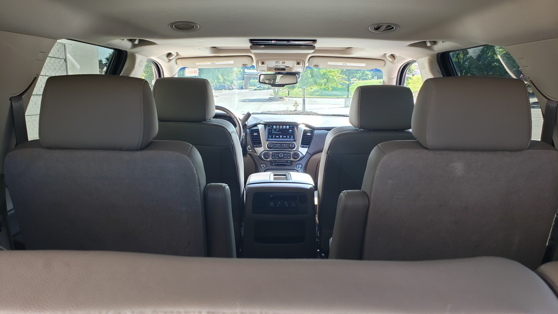 Used 2018 Chevrolet TAHOE PREMIER 4X4 / NAV / BOSE / SUNROOF / ENT SYS / 3-ROW / REARVIEW for sale $55,995 at Formula Imports in Charlotte NC 28227 21