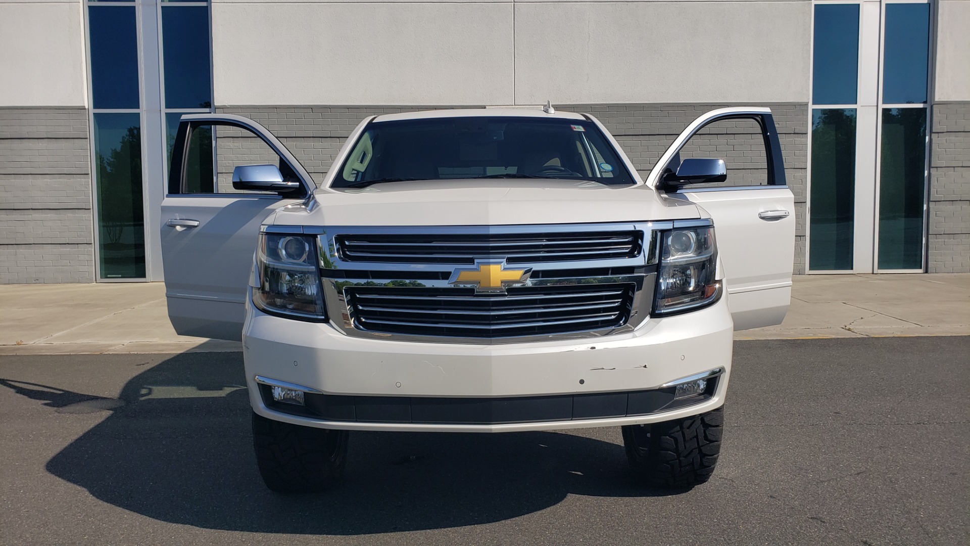 Used 2018 Chevrolet TAHOE PREMIER 4X4 / NAV / BOSE / SUNROOF / ENT SYS / 3-ROW / REARVIEW for sale $55,995 at Formula Imports in Charlotte NC 28227 27