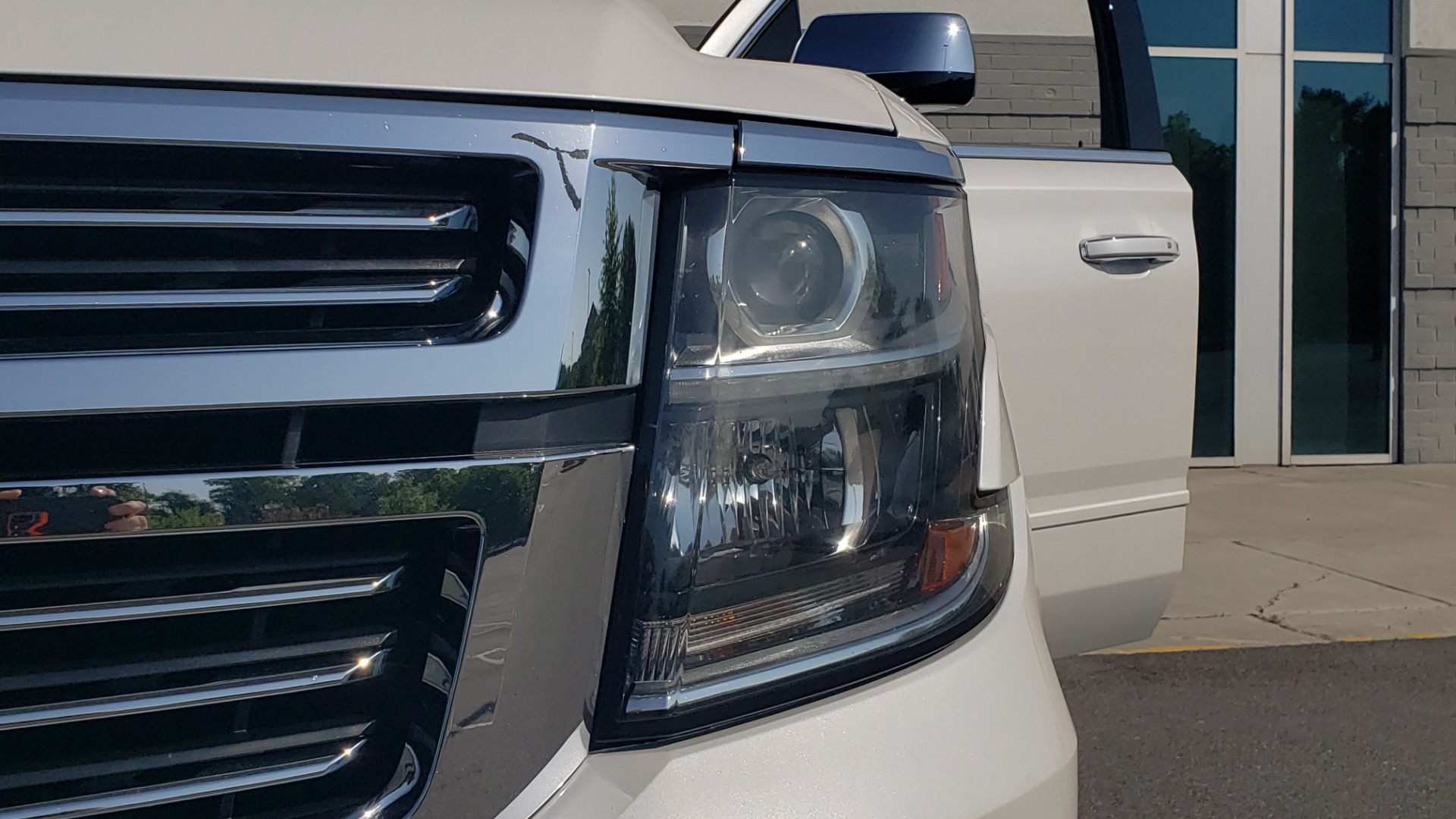 Used 2018 Chevrolet TAHOE PREMIER 4X4 / NAV / BOSE / SUNROOF / ENT SYS / 3-ROW / REARVIEW for sale $55,995 at Formula Imports in Charlotte NC 28227 29