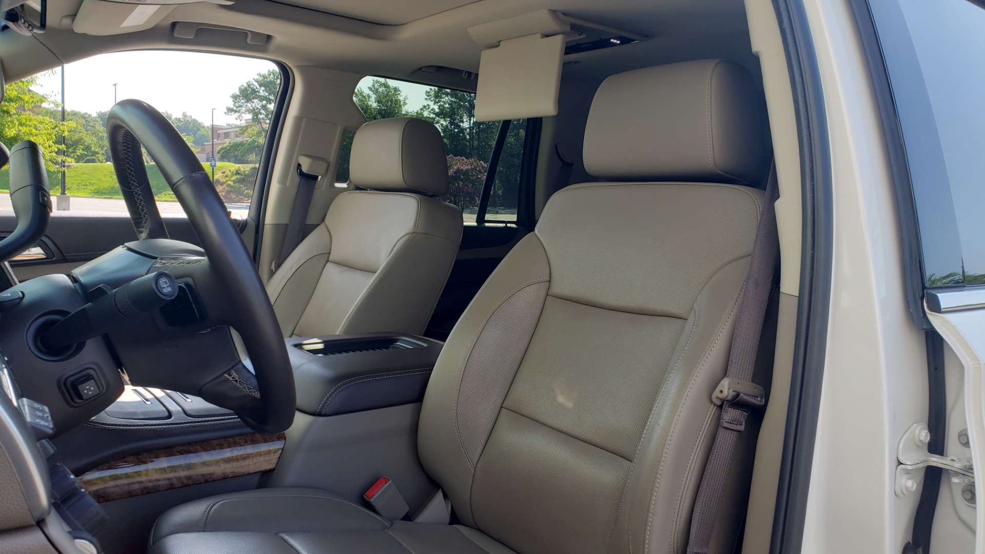 Used 2018 Chevrolet TAHOE PREMIER 4X4 / NAV / BOSE / SUNROOF / ENT SYS / 3-ROW / REARVIEW for sale $55,995 at Formula Imports in Charlotte NC 28227 44
