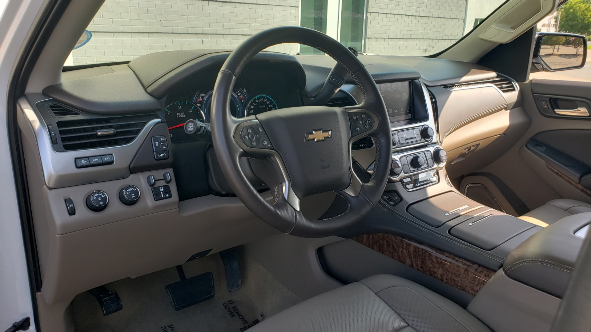Used 2018 Chevrolet TAHOE PREMIER 4X4 / NAV / BOSE / SUNROOF / ENT SYS / 3-ROW / REARVIEW for sale $55,995 at Formula Imports in Charlotte NC 28227 45