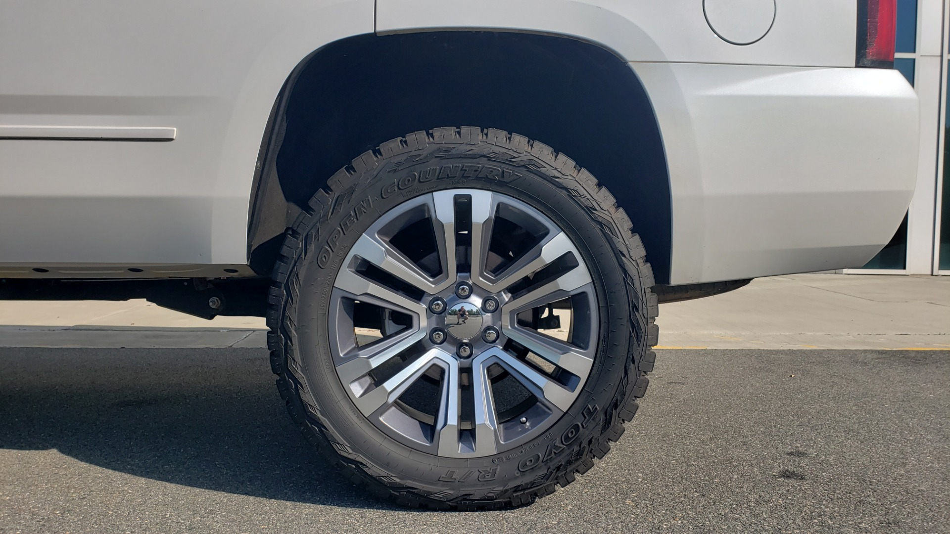 Used 2018 Chevrolet TAHOE PREMIER 4X4 / NAV / BOSE / SUNROOF / ENT SYS / 3-ROW / REARVIEW for sale $55,995 at Formula Imports in Charlotte NC 28227 81