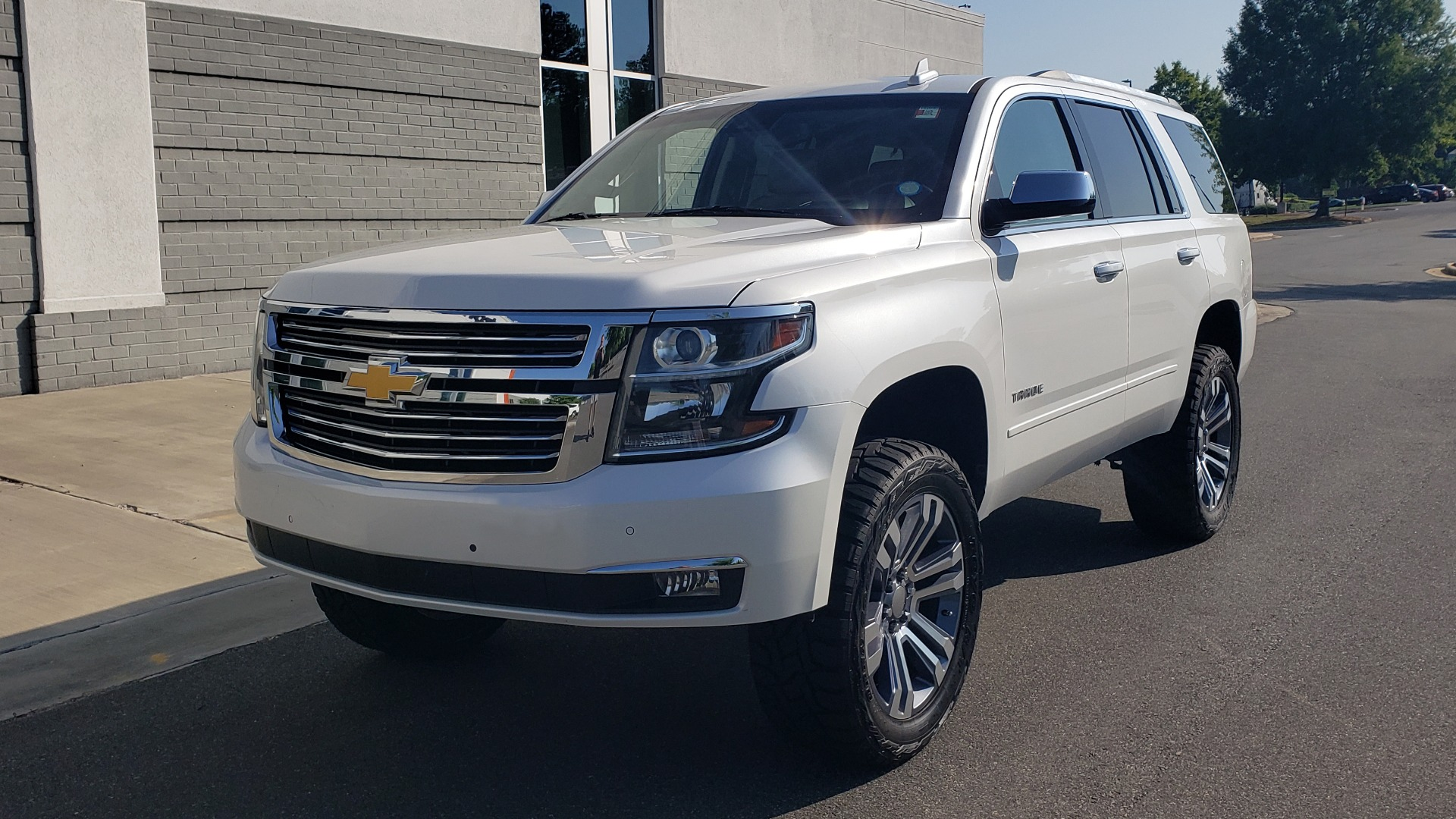 Used 2018 Chevrolet TAHOE PREMIER 4X4 / NAV / BOSE / SUNROOF / ENT SYS / 3-ROW / REARVIEW for sale $55,995 at Formula Imports in Charlotte NC 28227 1