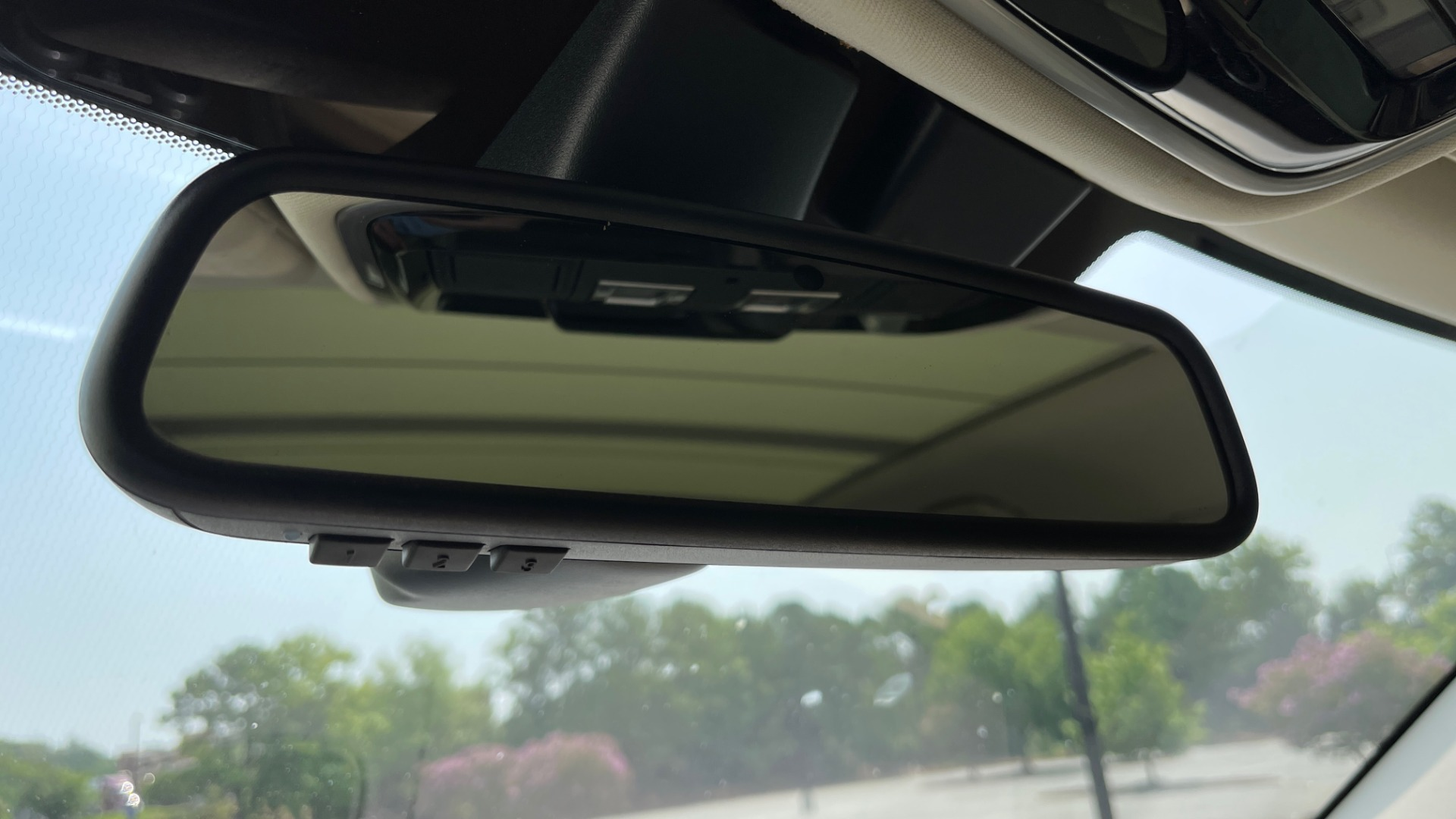 Used 2016 Land Rover RANGE ROVER SPORT V6 HSE / NAV / PANO-ROOF / MERIDIAN / CONSOLE COOLER / CAMERAS for sale $40,995 at Formula Imports in Charlotte NC 28227 50