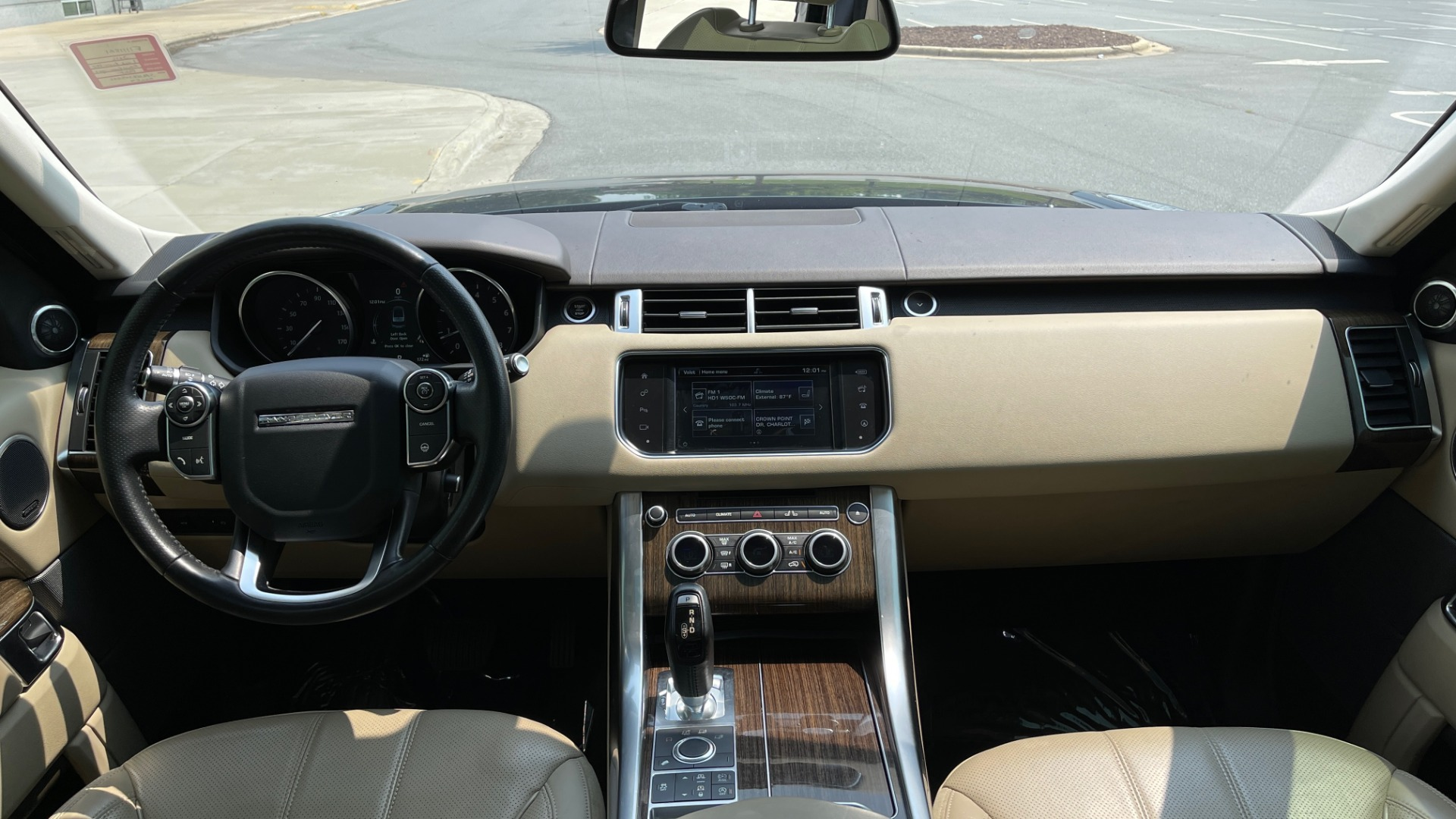 Used 2016 Land Rover RANGE ROVER SPORT V6 HSE / NAV / PANO-ROOF / MERIDIAN / CONSOLE COOLER / CAMERAS for sale $40,995 at Formula Imports in Charlotte NC 28227 56