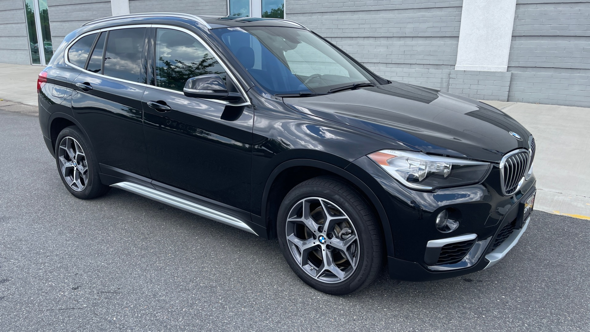 Used 2018 BMW X1 XDRIVE28I / NAV / CONV PKG / HTD STS / PANO-ROOF / REARVIEW for sale $29,995 at Formula Imports in Charlotte NC 28227 2