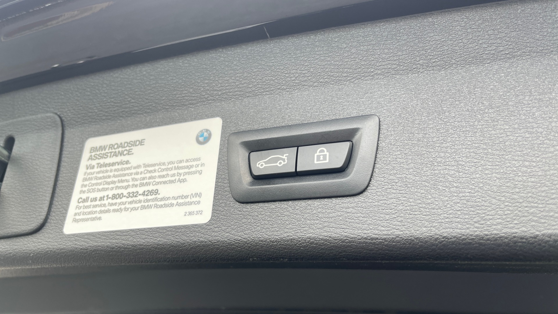 Used 2018 BMW X1 XDRIVE28I / NAV / CONV PKG / HTD STS / PANO-ROOF / REARVIEW for sale $29,995 at Formula Imports in Charlotte NC 28227 21