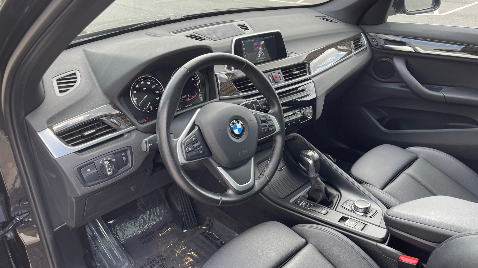 Used 2018 BMW X1 XDRIVE28I / NAV / CONV PKG / HTD STS / PANO-ROOF / REARVIEW for sale $29,995 at Formula Imports in Charlotte NC 28227 31