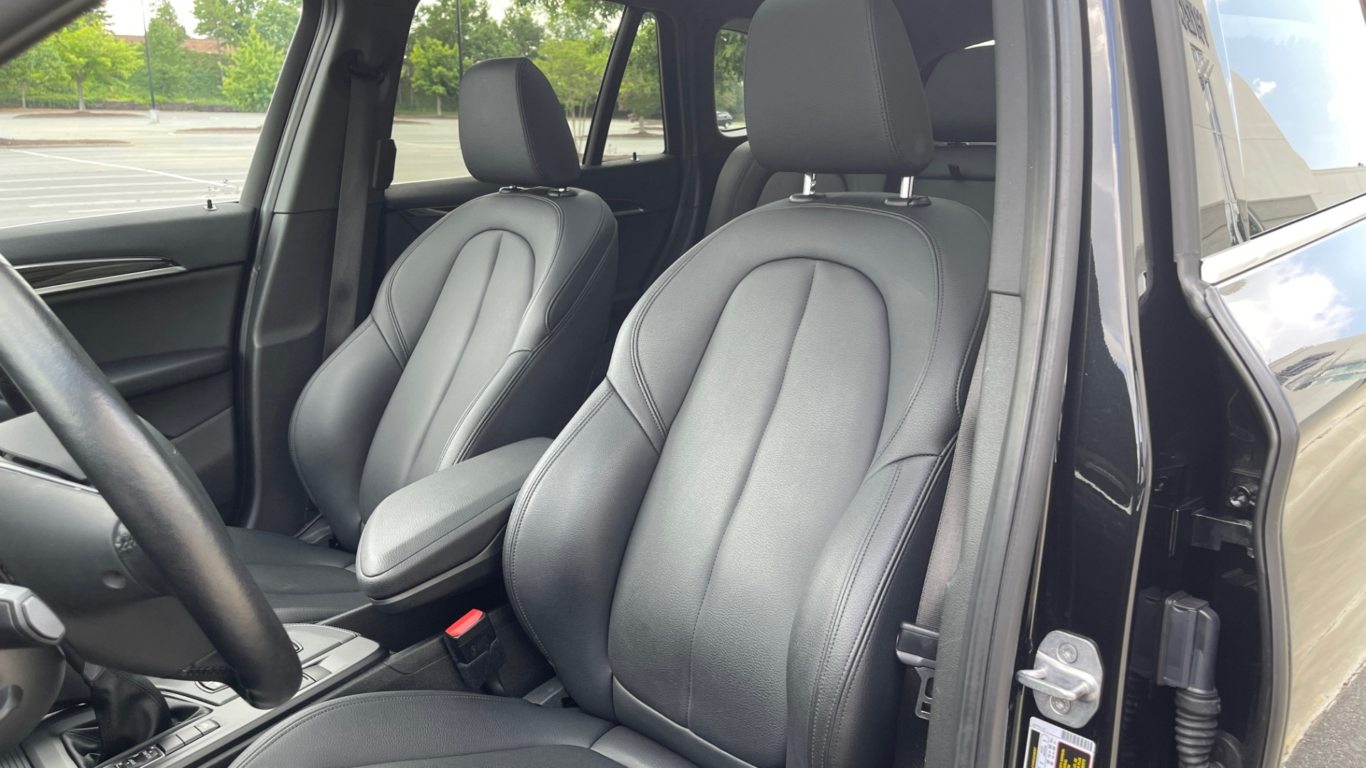 Used 2018 BMW X1 XDRIVE28I / NAV / CONV PKG / HTD STS / PANO-ROOF / REARVIEW for sale $29,995 at Formula Imports in Charlotte NC 28227 33