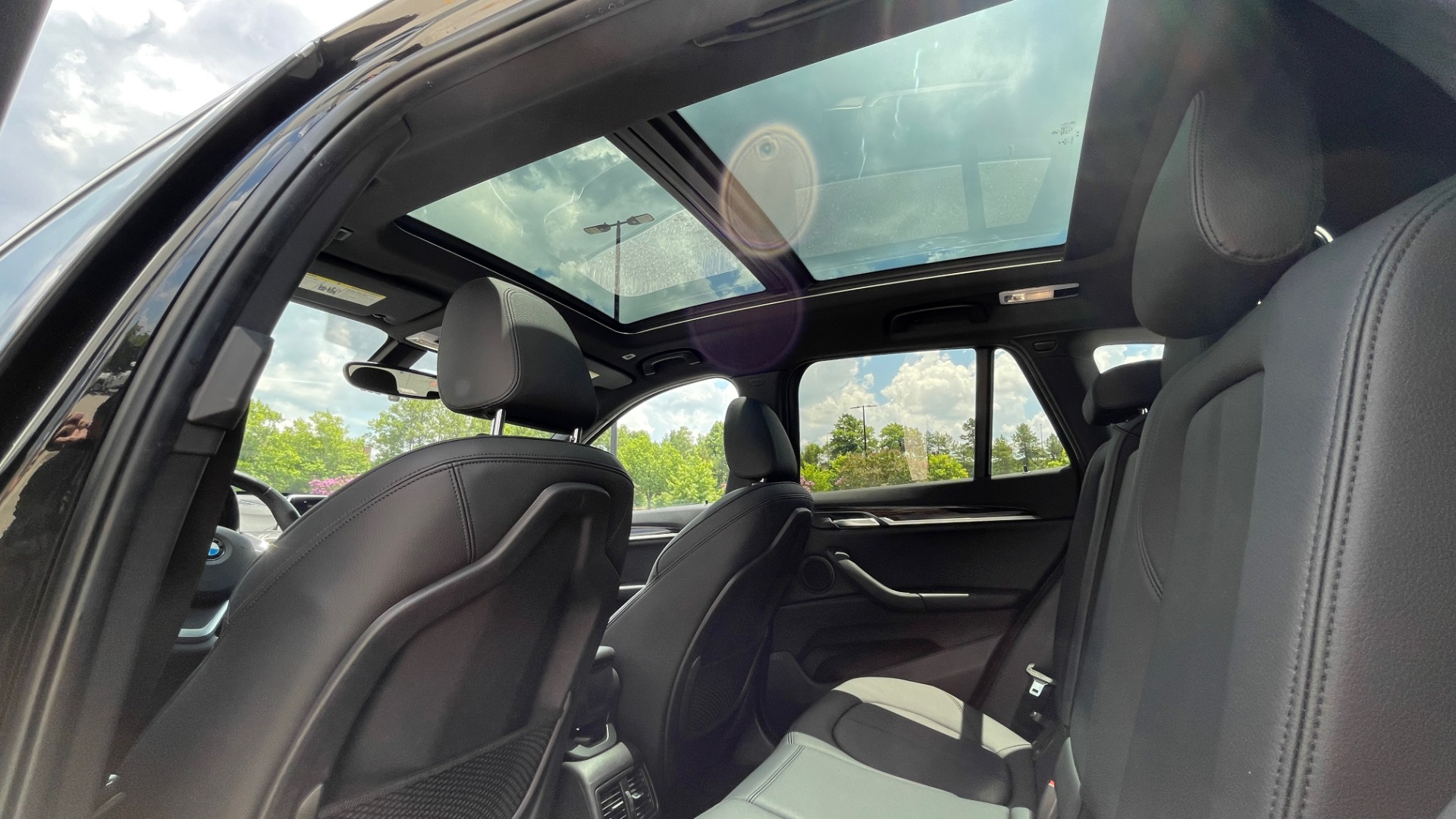 Used 2018 BMW X1 XDRIVE28I / NAV / CONV PKG / HTD STS / PANO-ROOF / REARVIEW for sale $29,995 at Formula Imports in Charlotte NC 28227 59
