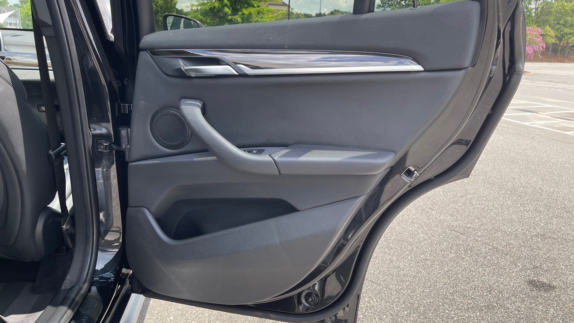 Used 2018 BMW X1 XDRIVE28I / NAV / CONV PKG / HTD STS / PANO-ROOF / REARVIEW for sale $29,995 at Formula Imports in Charlotte NC 28227 60