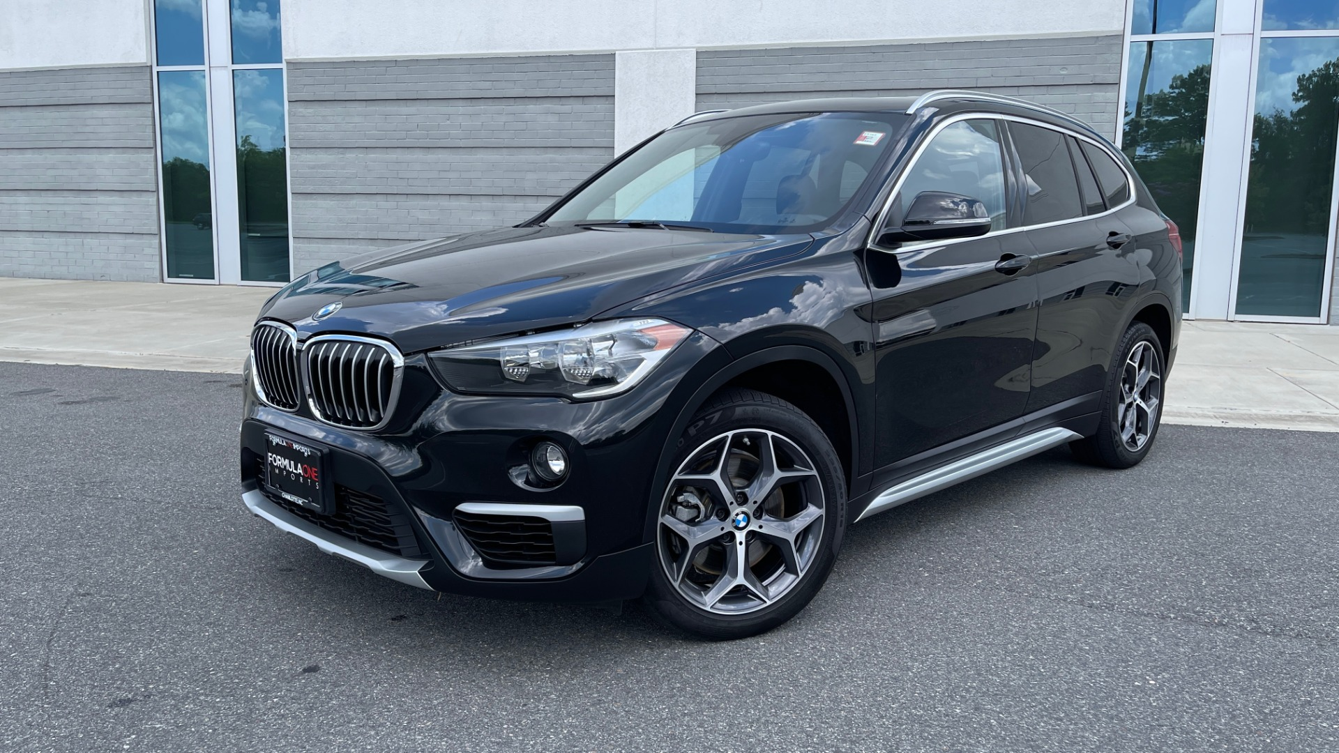 Used 2018 BMW X1 XDRIVE28I / NAV / CONV PKG / HTD STS / PANO-ROOF / REARVIEW for sale $29,995 at Formula Imports in Charlotte NC 28227 1