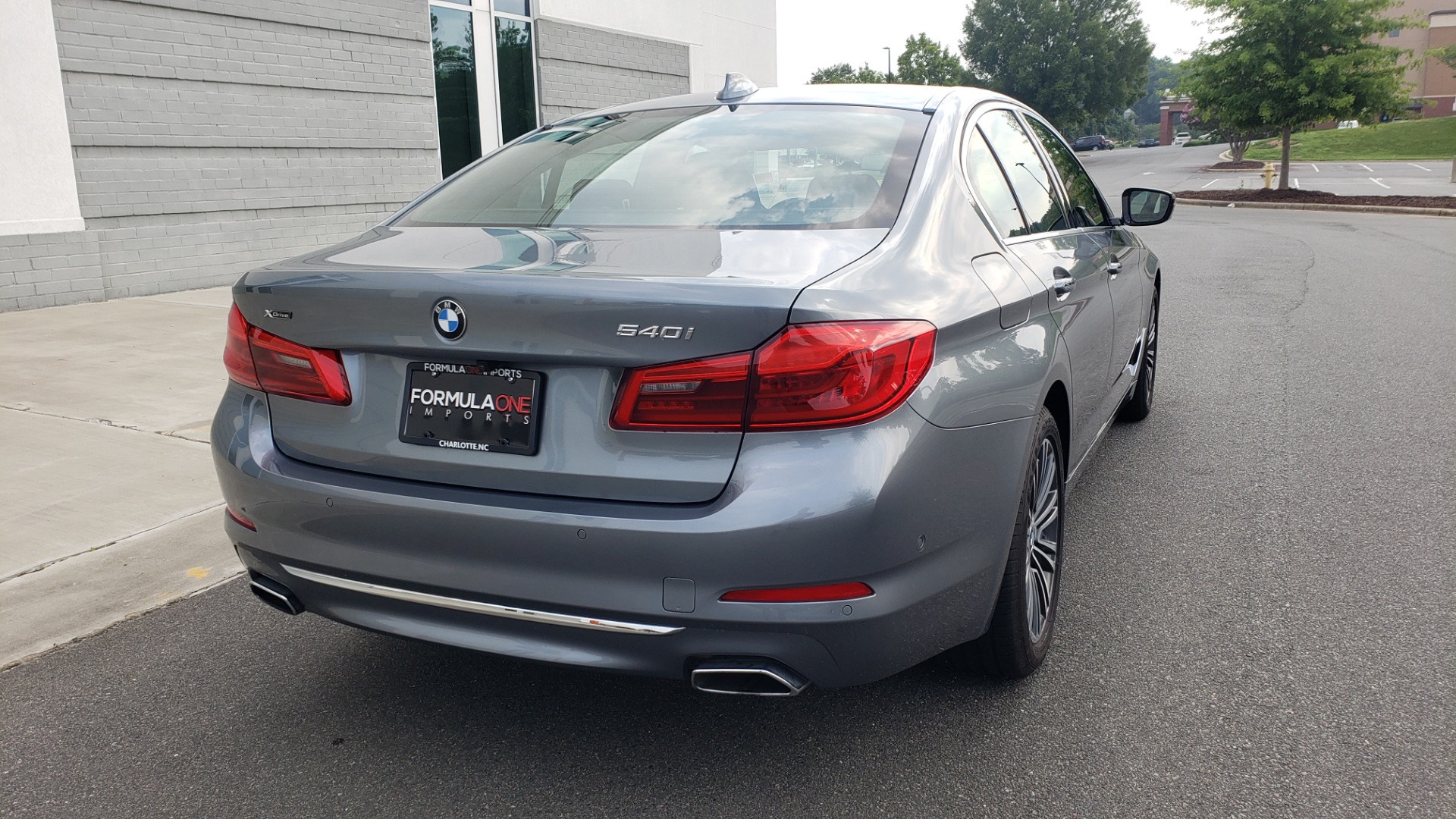Used 2018 BMW 5 SERIES 540I XDRIVE PREMIUM / EXECUTIVE / LUXURY / H/K SND / REMOTE CONTROL PARKING for sale $40,995 at Formula Imports in Charlotte NC 28227 2