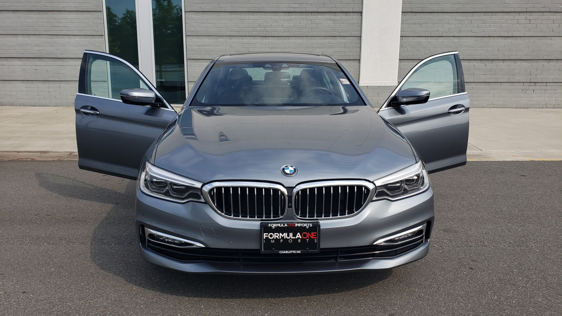 Used 2018 BMW 5 SERIES 540I XDRIVE PREMIUM / EXECUTIVE / LUXURY / H/K SND / REMOTE CONTROL PARKING for sale $40,995 at Formula Imports in Charlotte NC 28227 20