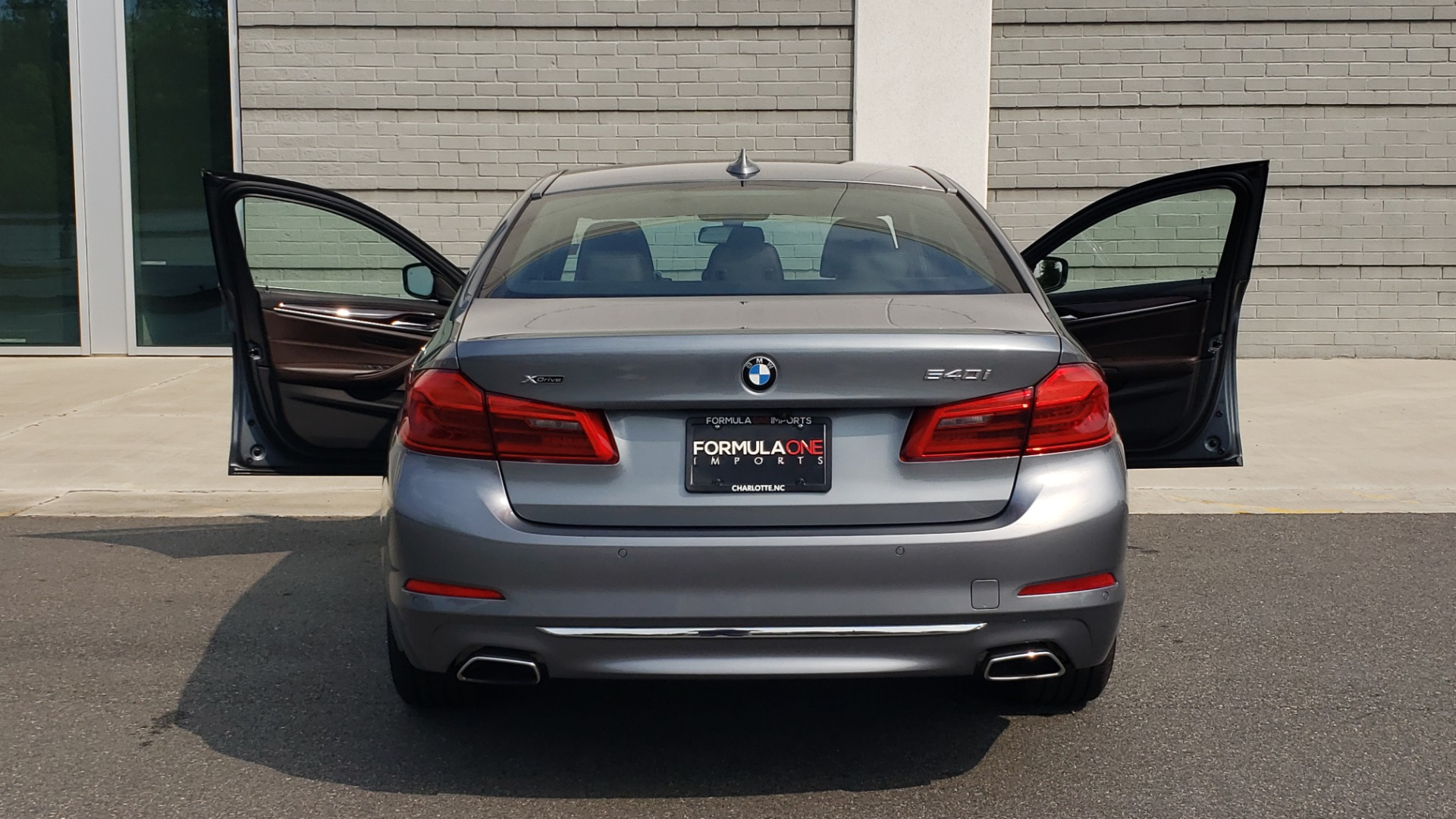 Used 2018 BMW 5 SERIES 540I XDRIVE PREMIUM / EXECUTIVE / LUXURY / H/K SND / REMOTE CONTROL PARKING for sale $40,995 at Formula Imports in Charlotte NC 28227 27