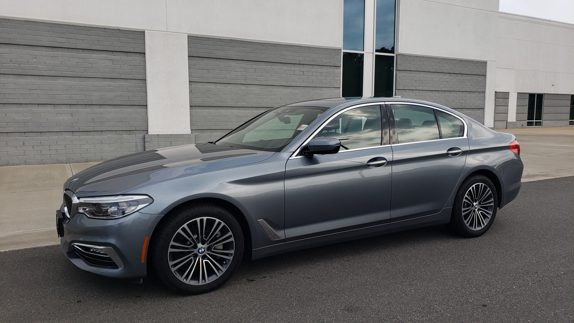 Used 2018 BMW 5 SERIES 540I XDRIVE PREMIUM / EXECUTIVE / LUXURY / H/K SND / REMOTE CONTROL PARKING for sale $40,995 at Formula Imports in Charlotte NC 28227 4
