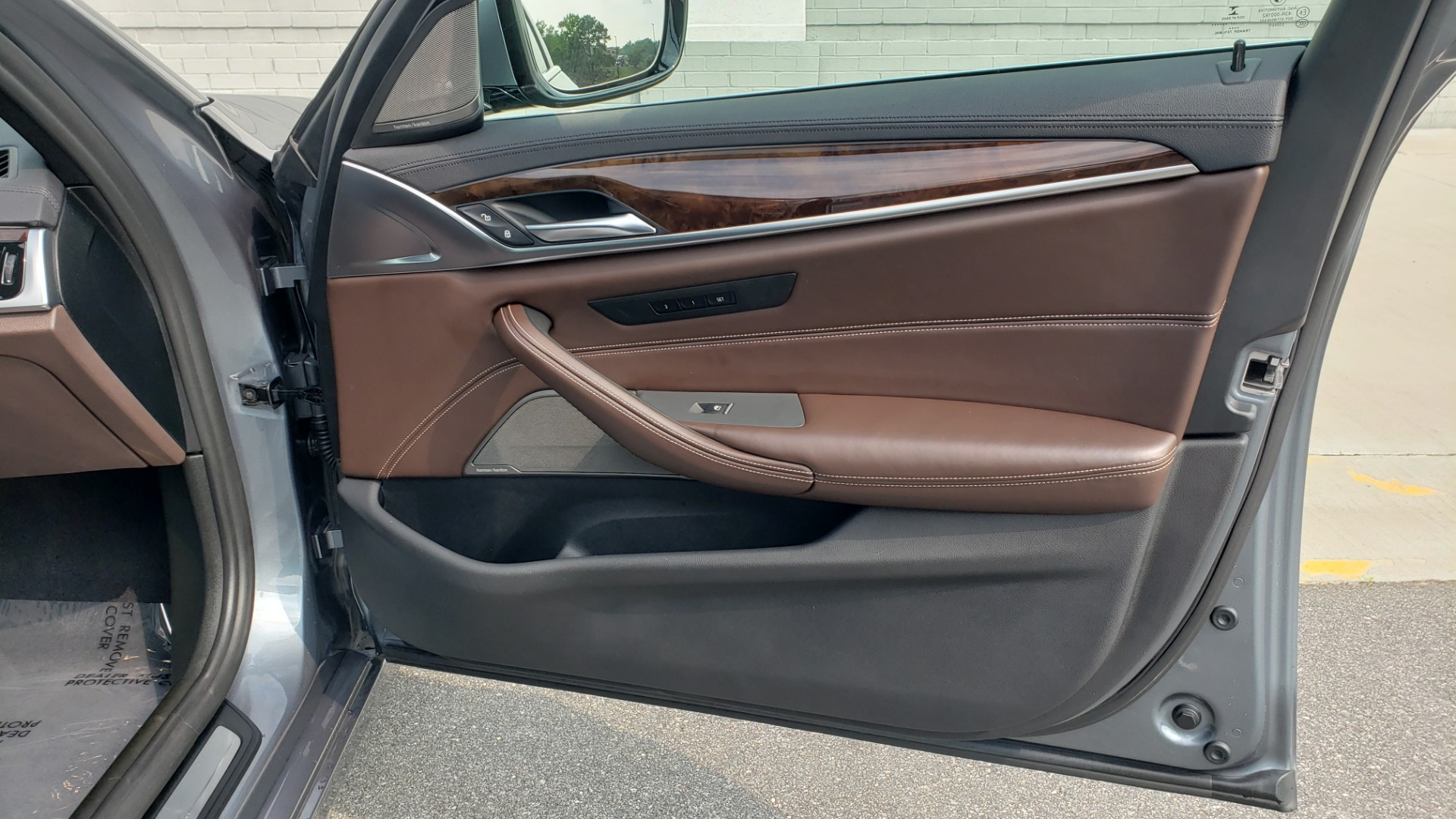 Used 2018 BMW 5 SERIES 540I XDRIVE PREMIUM / EXECUTIVE / LUXURY / H/K SND / REMOTE CONTROL PARKING for sale $40,995 at Formula Imports in Charlotte NC 28227 62