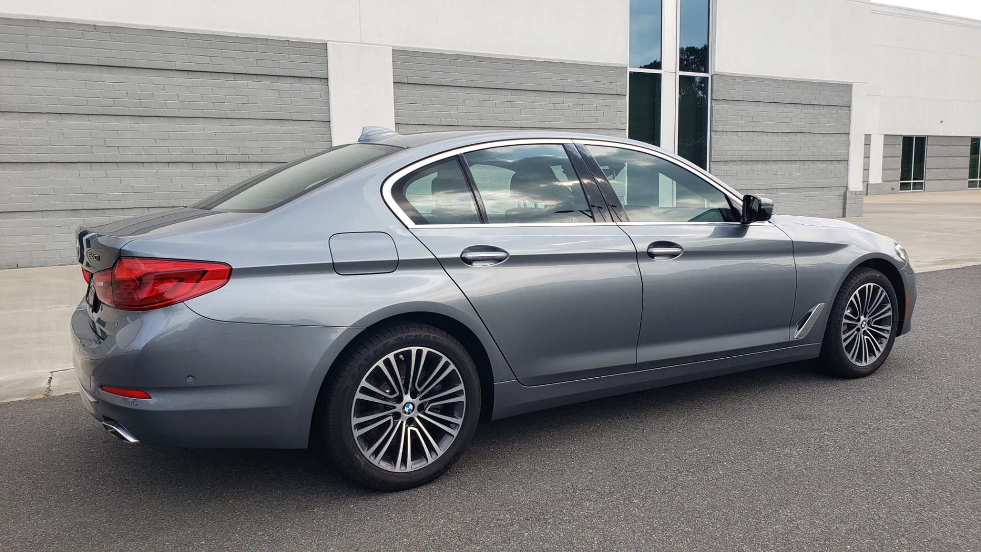 Used 2018 BMW 5 SERIES 540I XDRIVE PREMIUM / EXECUTIVE / LUXURY / H/K SND / REMOTE CONTROL PARKING for sale $40,995 at Formula Imports in Charlotte NC 28227 8