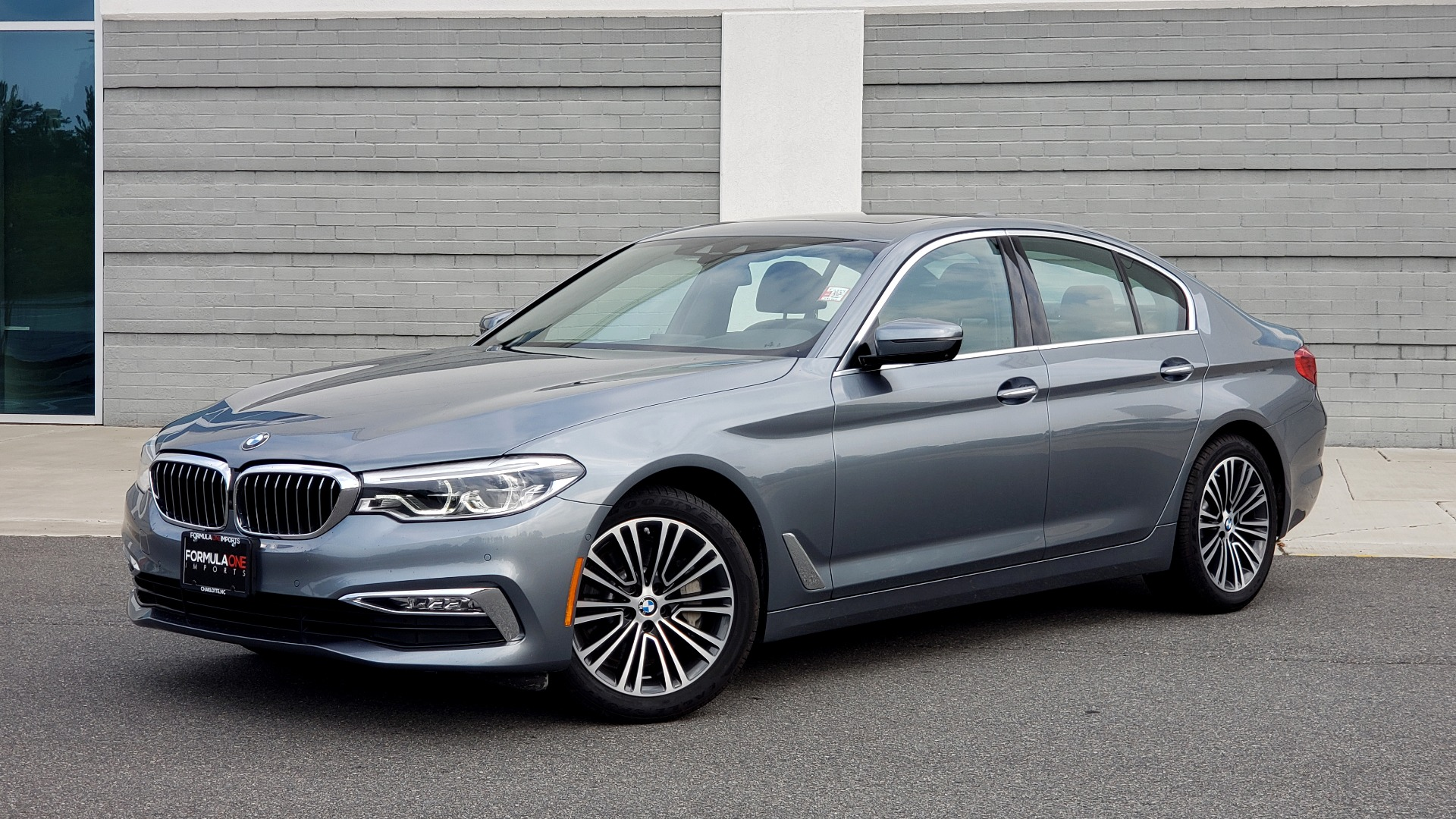 Used 2018 BMW 5 SERIES 540I XDRIVE PREMIUM / EXECUTIVE / LUXURY / H/K SND / REMOTE CONTROL PARKING for sale $40,995 at Formula Imports in Charlotte NC 28227 1