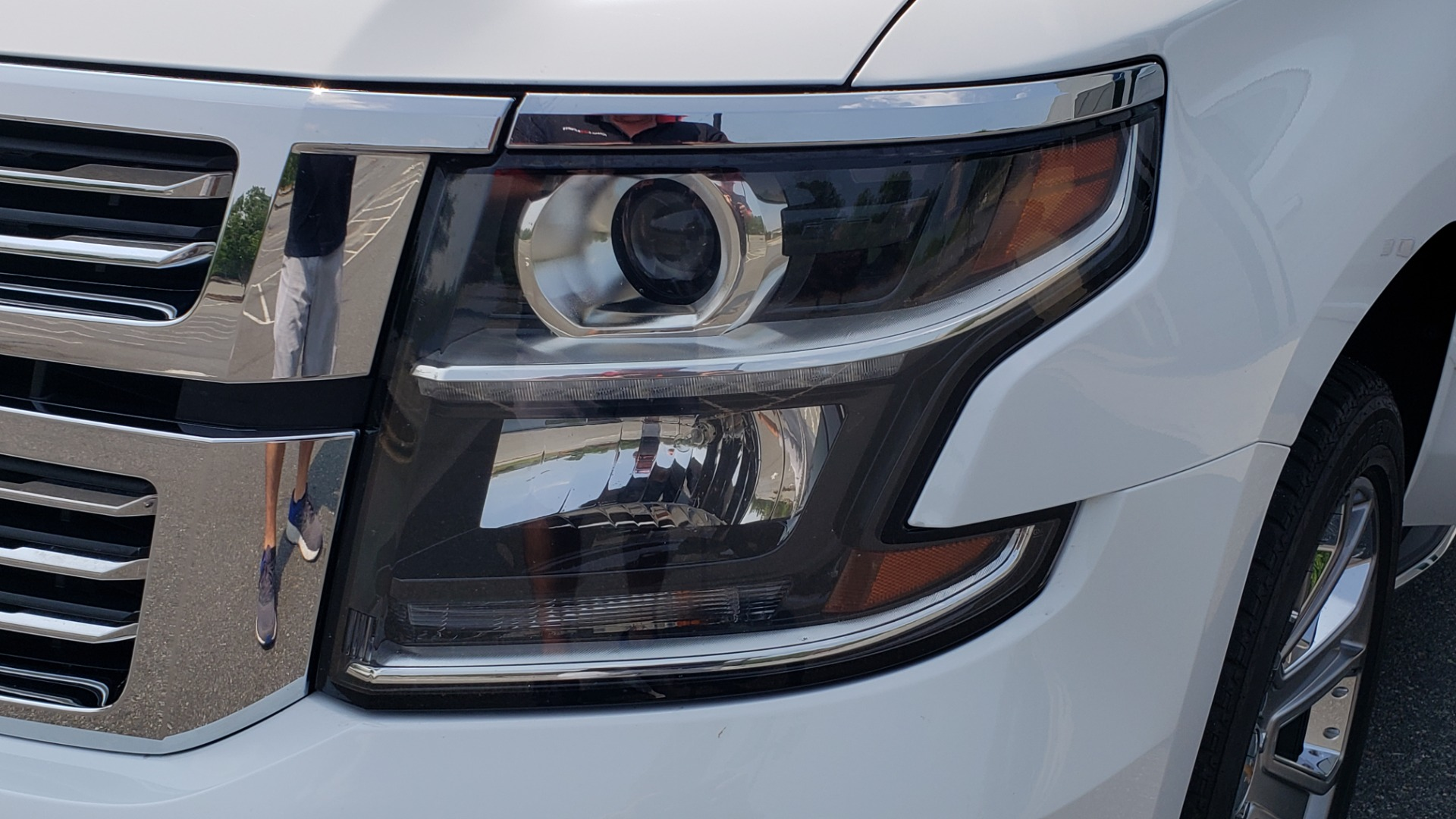 Used 2018 Chevrolet TAHOE PREMIER 4WD / NAV / SUNROOF / BOSE / 3-ROW / HUD / REARVIEW for sale $63,995 at Formula Imports in Charlotte NC 28227 27