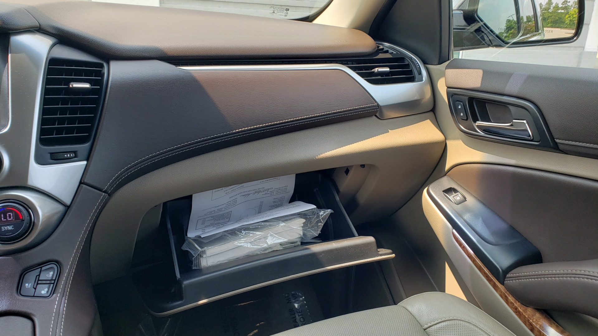 Used 2018 Chevrolet TAHOE PREMIER 4WD / NAV / SUNROOF / BOSE / 3-ROW / HUD / REARVIEW for sale $63,995 at Formula Imports in Charlotte NC 28227 56