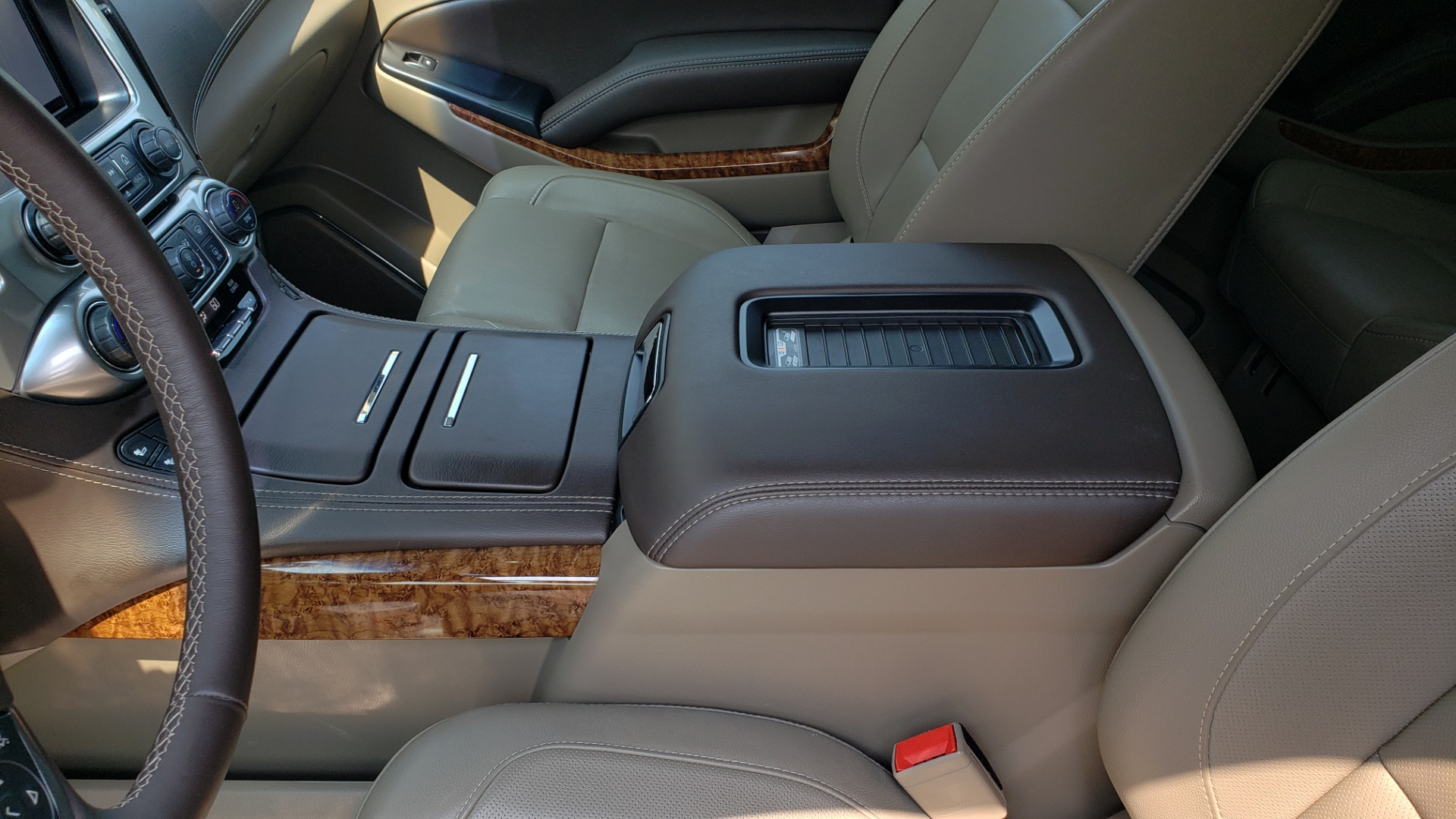 Used 2018 Chevrolet TAHOE PREMIER 4WD / NAV / SUNROOF / BOSE / 3-ROW / HUD / REARVIEW for sale $63,995 at Formula Imports in Charlotte NC 28227 62