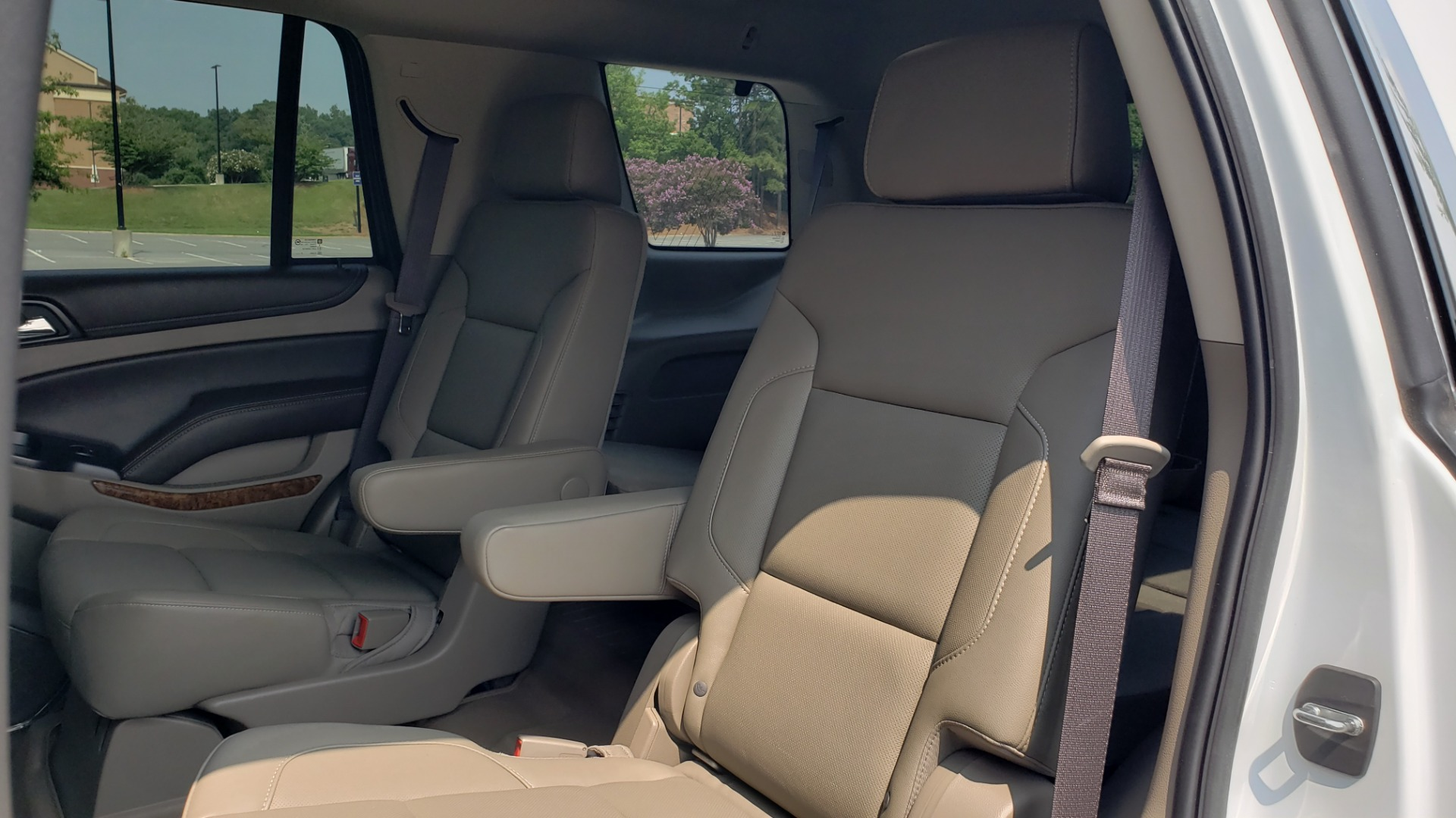 Used 2018 Chevrolet TAHOE PREMIER 4WD / NAV / SUNROOF / BOSE / 3-ROW / HUD / REARVIEW for sale $63,995 at Formula Imports in Charlotte NC 28227 68