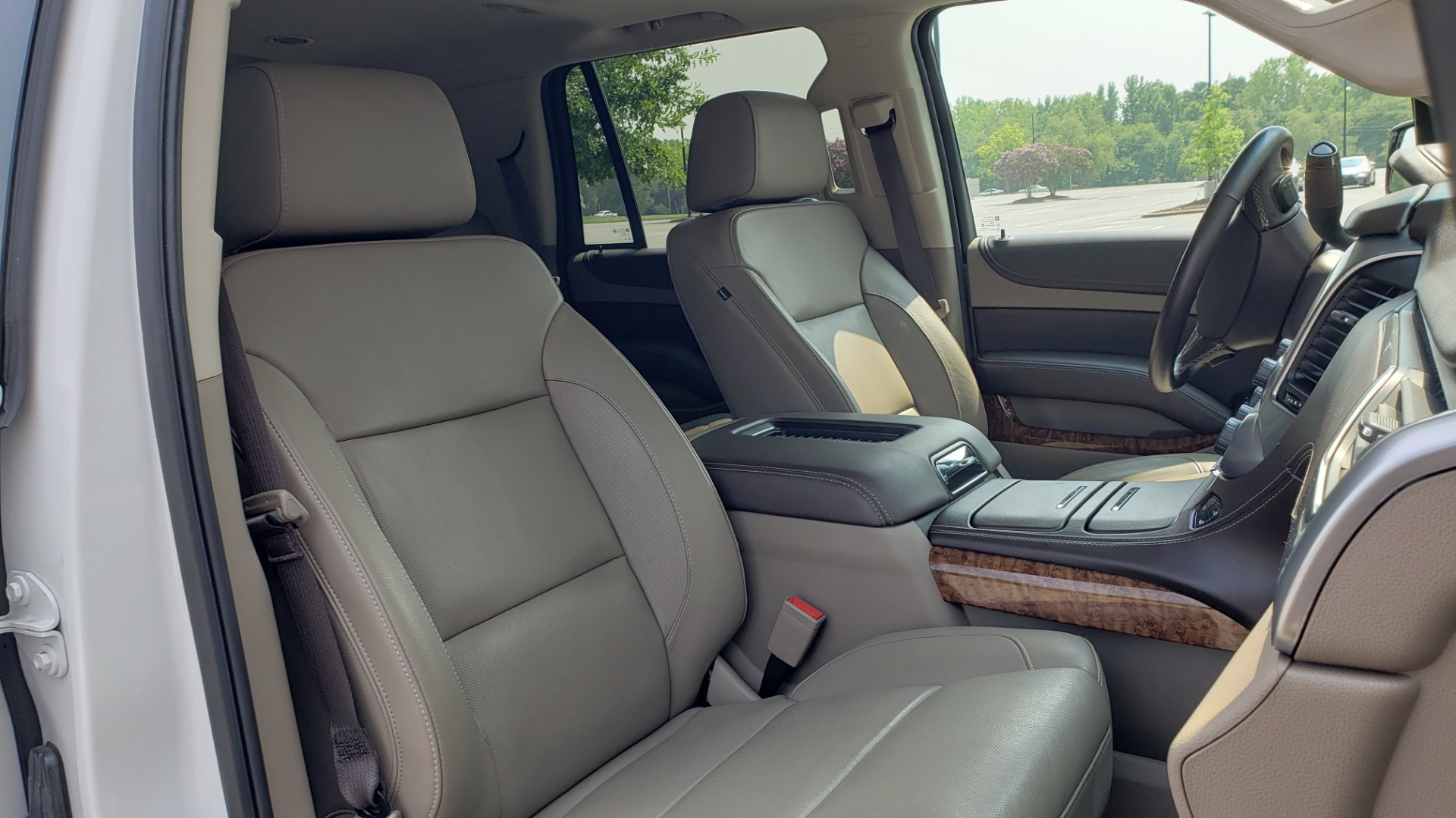 Used 2018 Chevrolet TAHOE PREMIER 4WD / NAV / SUNROOF / BOSE / 3-ROW / HUD / REARVIEW for sale $63,995 at Formula Imports in Charlotte NC 28227 72