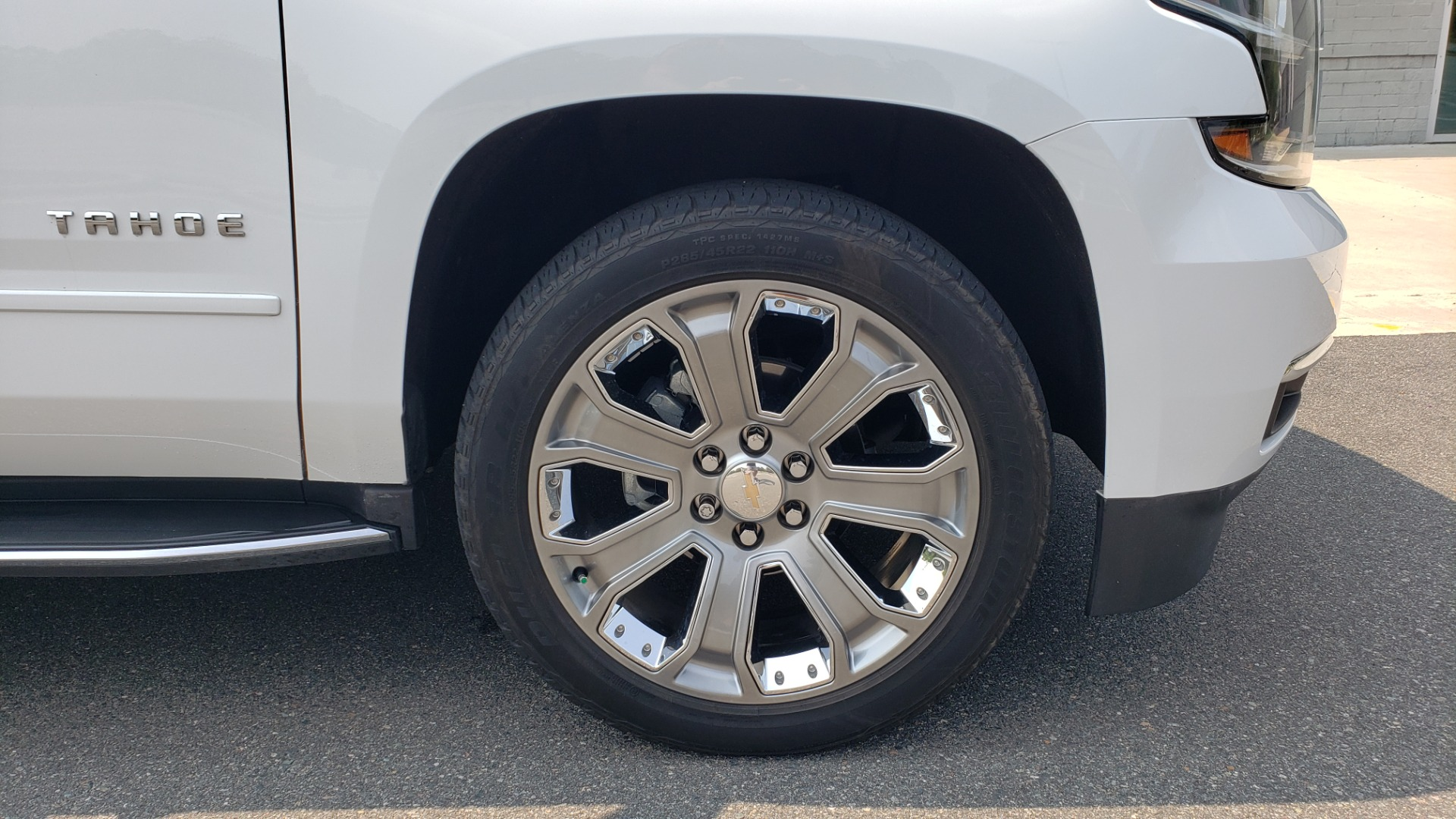 Used 2018 Chevrolet TAHOE PREMIER 4WD / NAV / SUNROOF / BOSE / 3-ROW / HUD / REARVIEW for sale $63,995 at Formula Imports in Charlotte NC 28227 85