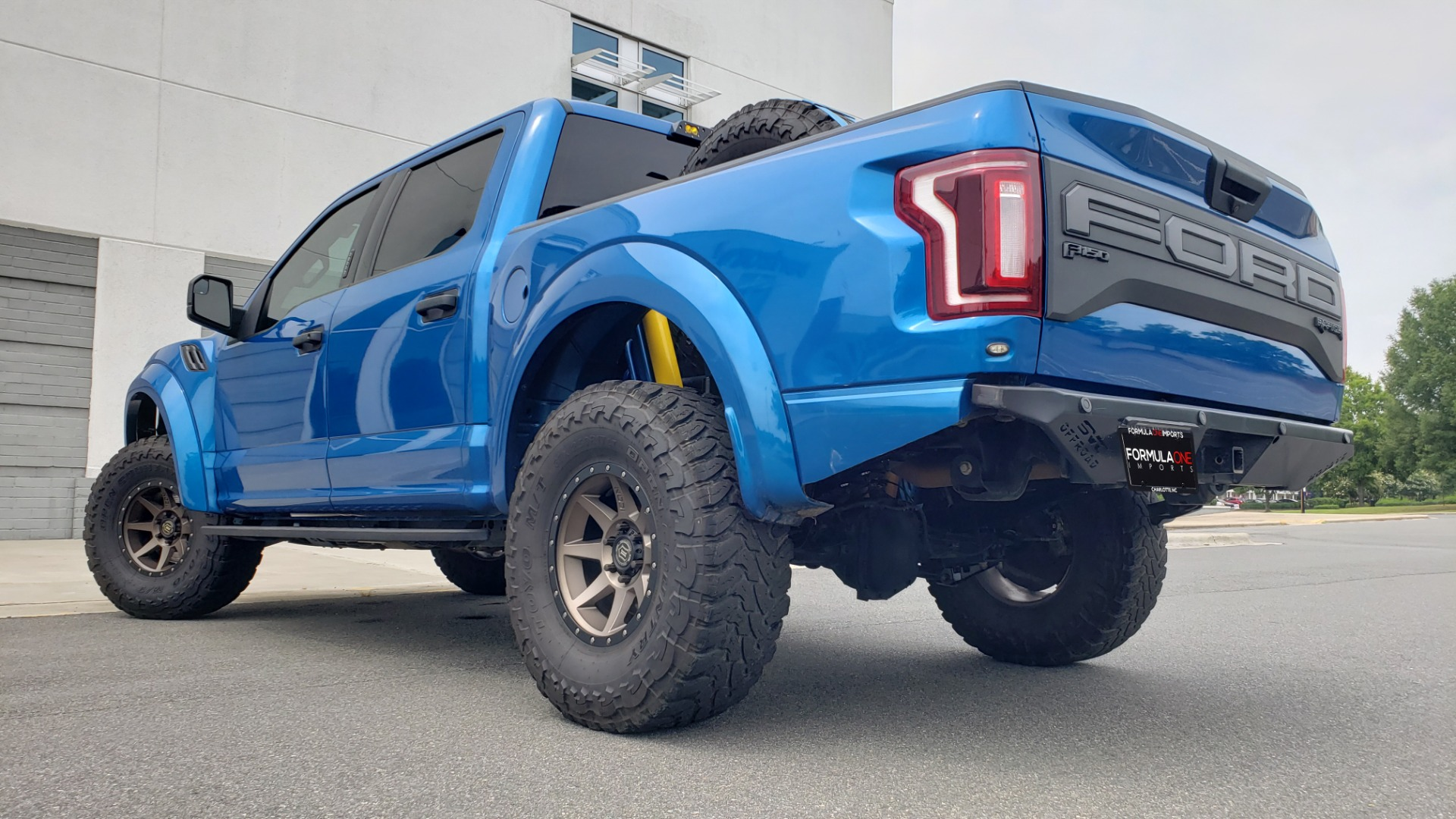 Used 2019 Ford F-150 RAPTOR 4X4 / CREWCAB / PRE-RUNNER CUSTOM SUSPENSION for sale $79,999 at Formula Imports in Charlotte NC 28227 100