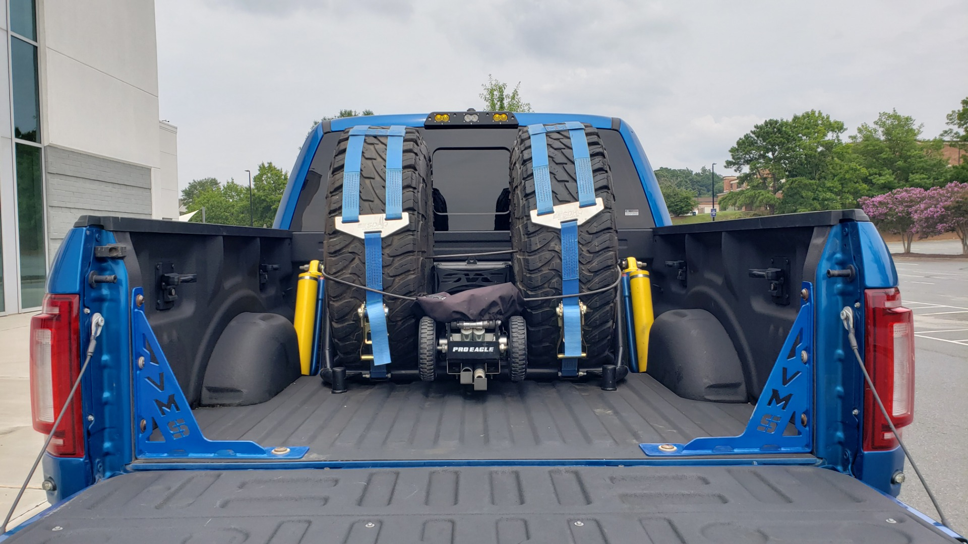 Used 2019 Ford F-150 RAPTOR 4X4 / CREWCAB / PRE-RUNNER CUSTOM SUSPENSION for sale $79,999 at Formula Imports in Charlotte NC 28227 24