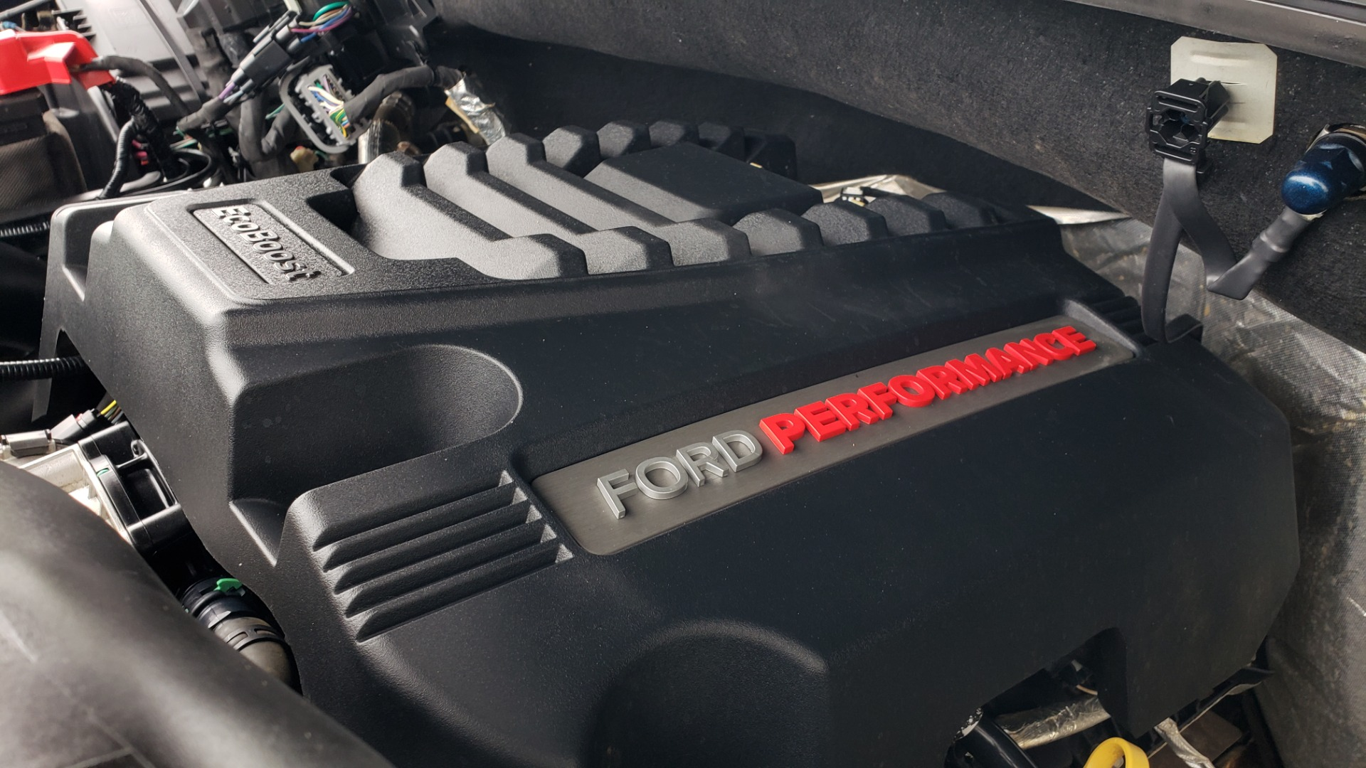 Used 2019 Ford F-150 RAPTOR 4X4 / CREWCAB / PRE-RUNNER CUSTOM SUSPENSION for sale $79,999 at Formula Imports in Charlotte NC 28227 30