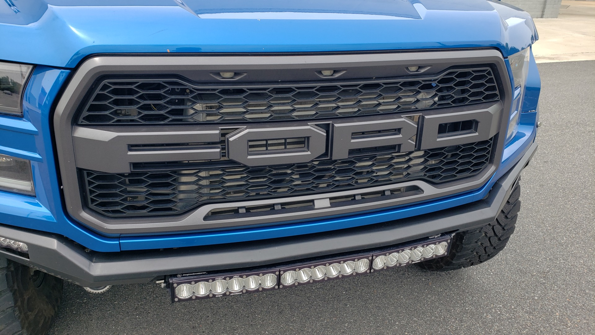 Used 2019 Ford F-150 RAPTOR 4X4 / CREWCAB / PRE-RUNNER CUSTOM SUSPENSION for sale $79,999 at Formula Imports in Charlotte NC 28227 35