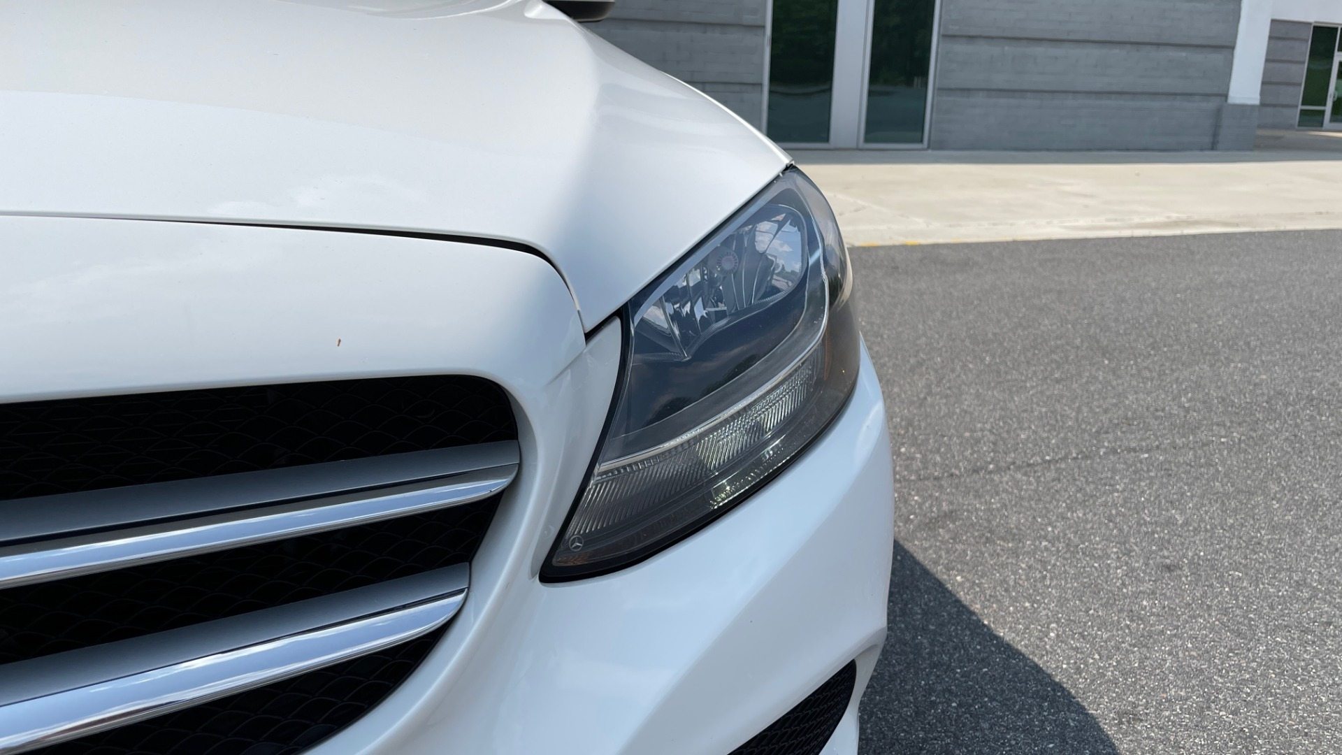 Used 2018 Mercedes-Benz C-CLASS C 300 / 2.0L / RWD / SUNROOF / APPLE~ANDROID / REARVIEW for sale $29,995 at Formula Imports in Charlotte NC 28227 13