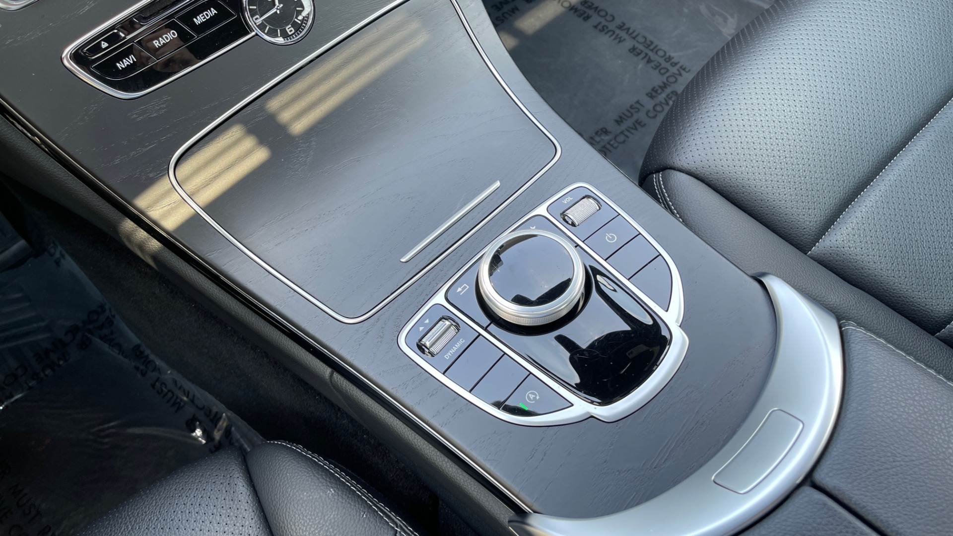 Used 2018 Mercedes-Benz C-CLASS C 300 / 2.0L / RWD / SUNROOF / APPLE~ANDROID / REARVIEW for sale $29,995 at Formula Imports in Charlotte NC 28227 39