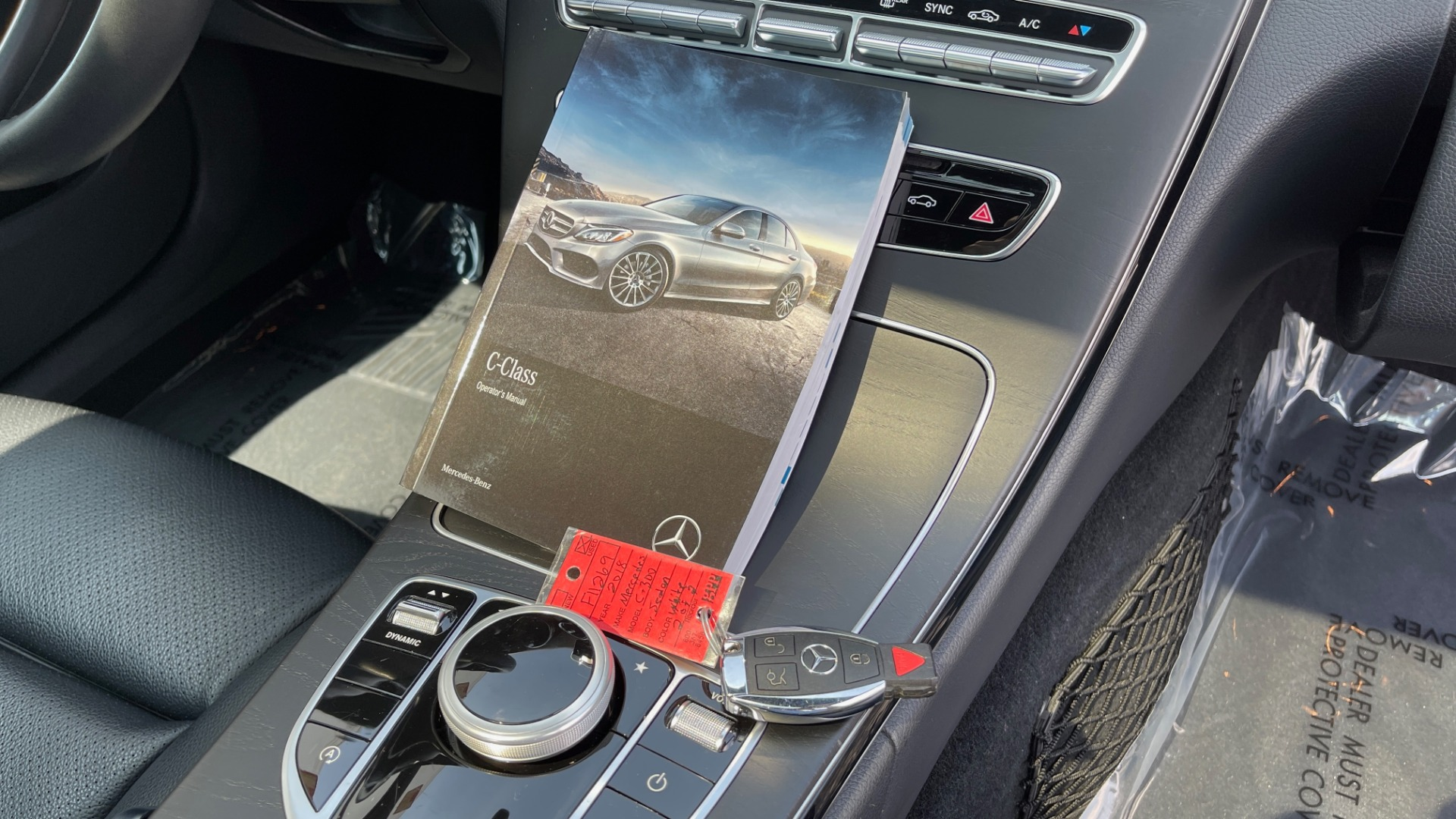 Used 2018 Mercedes-Benz C-CLASS C 300 / 2.0L / RWD / SUNROOF / APPLE~ANDROID / REARVIEW for sale $29,995 at Formula Imports in Charlotte NC 28227 69