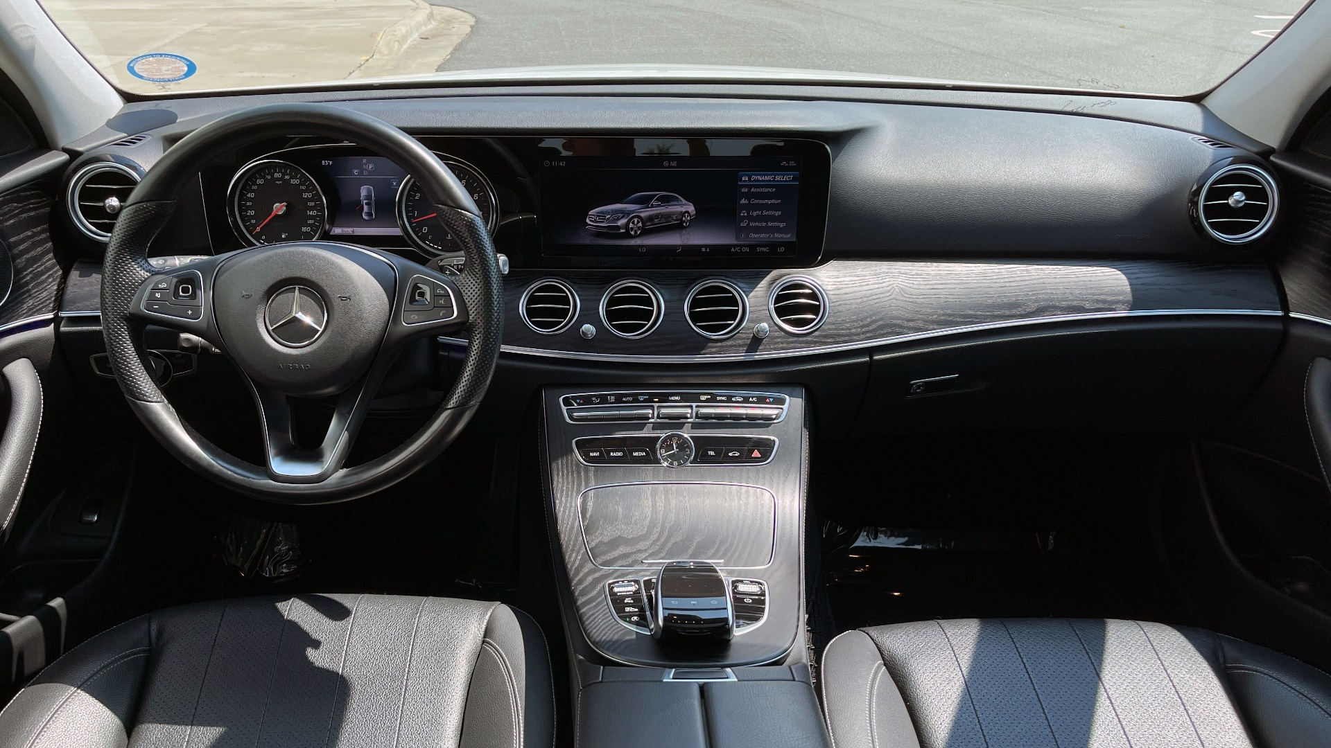 Used 2018 Mercedes-Benz E-CLASS E 300 / 2.0L I4 TURBO / NAV / BSA / SUNROOF / REARVIEW for sale Sold at Formula Imports in Charlotte NC 28227 56