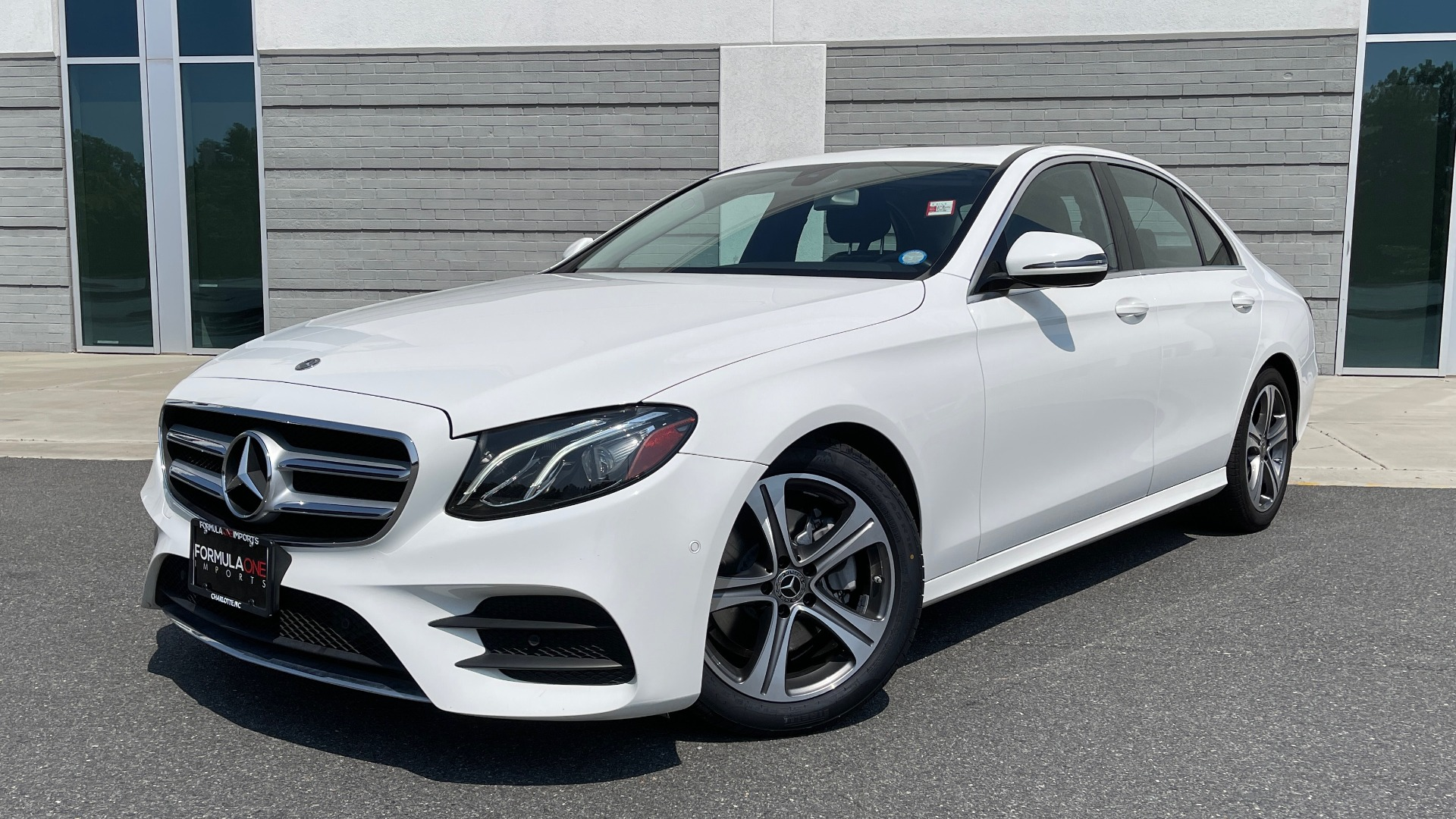 Used 2018 Mercedes-Benz E-CLASS E 300 / 2.0L I4 TURBO / NAV / BSA / SUNROOF / REARVIEW for sale Sold at Formula Imports in Charlotte NC 28227 1