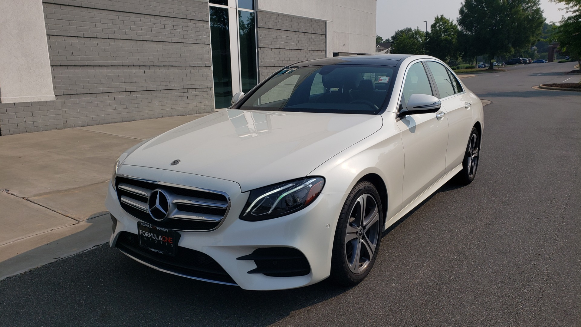 Used 2018 Mercedes-Benz E-CLASS E 300 4MATIC / PREMIUM / NAV / PANO-ROOF / BURMESTER / REARVIEW for sale $41,995 at Formula Imports in Charlotte NC 28227 3