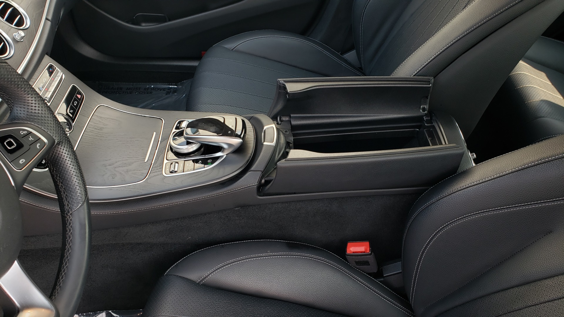 Used 2018 Mercedes-Benz E-CLASS E 300 4MATIC / PREMIUM / NAV / PANO-ROOF / BURMESTER / REARVIEW for sale $41,995 at Formula Imports in Charlotte NC 28227 52
