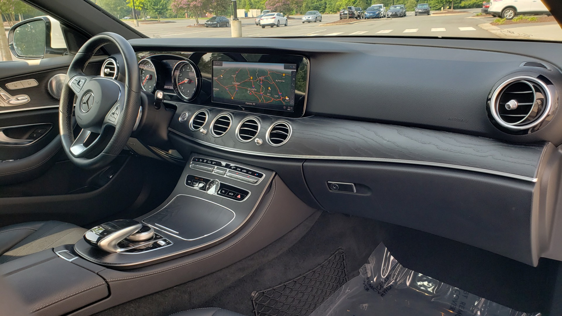 Used 2018 Mercedes-Benz E-CLASS E 300 4MATIC / PREMIUM / NAV / PANO-ROOF / BURMESTER / REARVIEW for sale $41,995 at Formula Imports in Charlotte NC 28227 62
