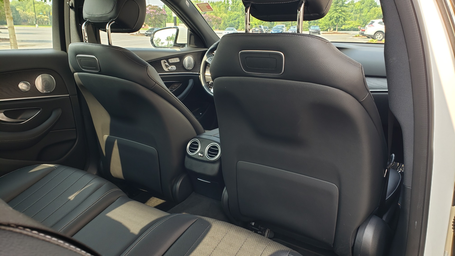 Used 2018 Mercedes-Benz E-CLASS E 300 4MATIC / PREMIUM / NAV / PANO-ROOF / BURMESTER / REARVIEW for sale $41,995 at Formula Imports in Charlotte NC 28227 68